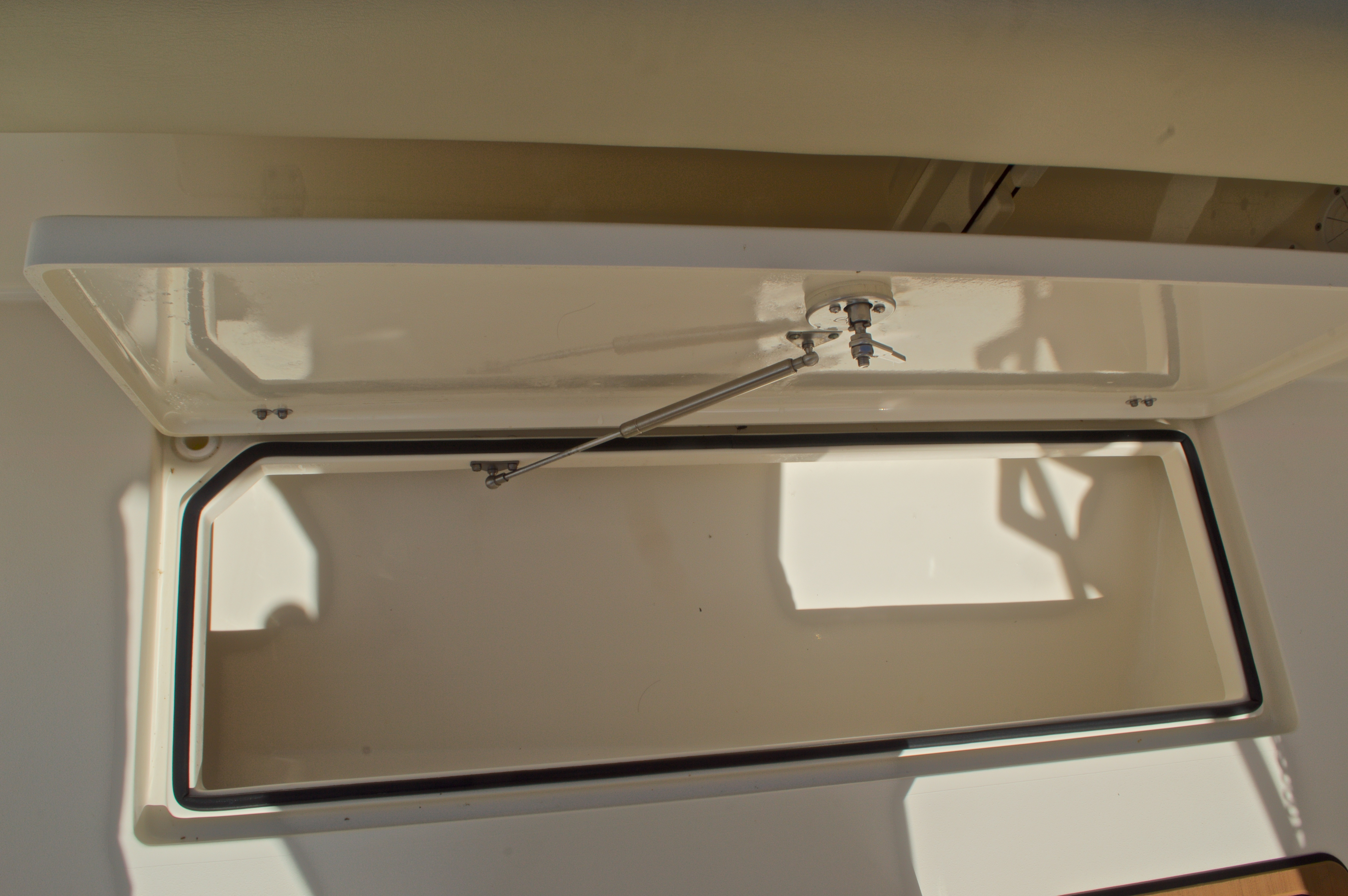 Thumbnail 26 for Used 2014 Cobia 256 Center Console boat for sale in West Palm Beach, FL