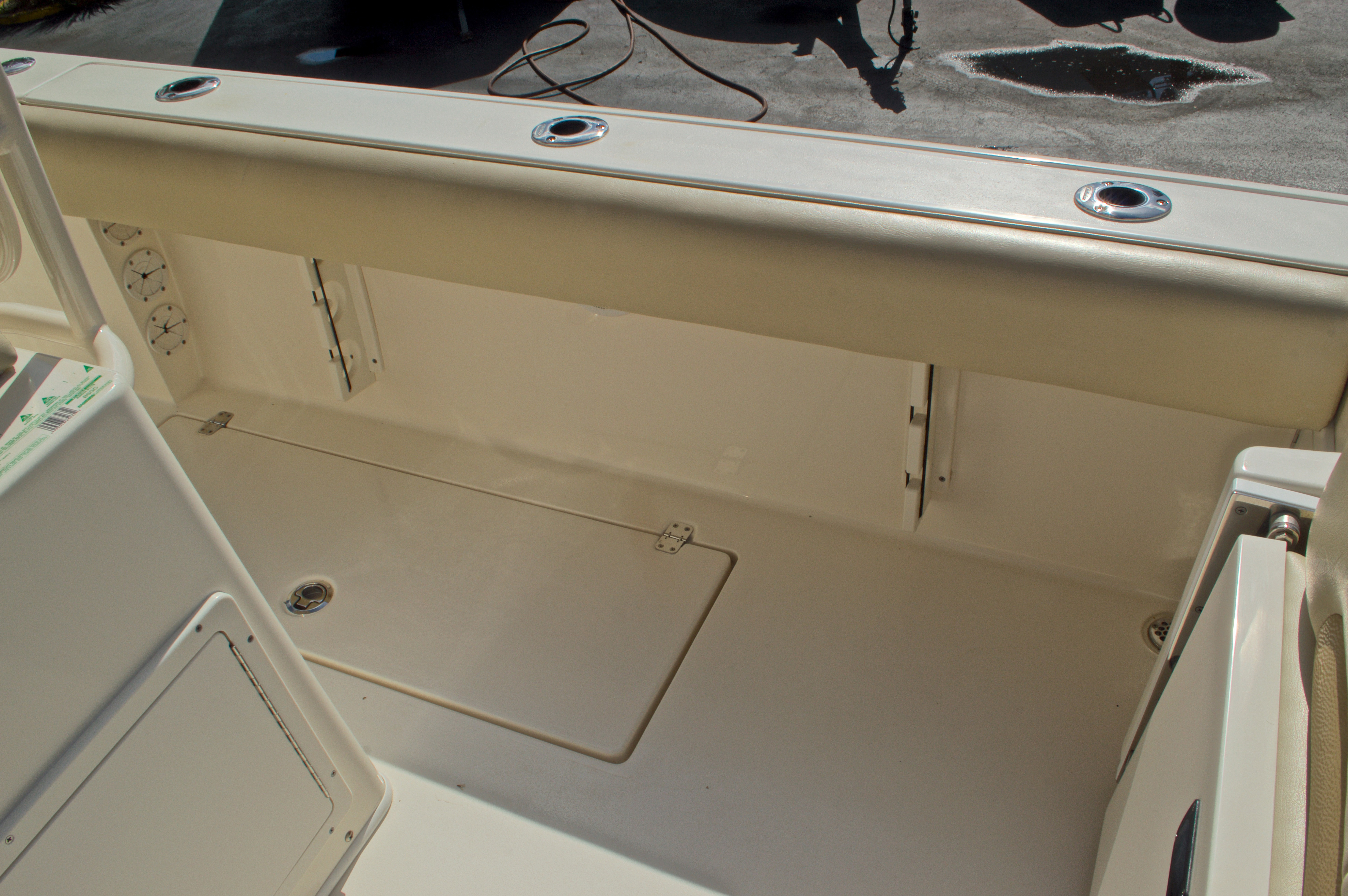 Thumbnail 27 for Used 2014 Cobia 256 Center Console boat for sale in West Palm Beach, FL
