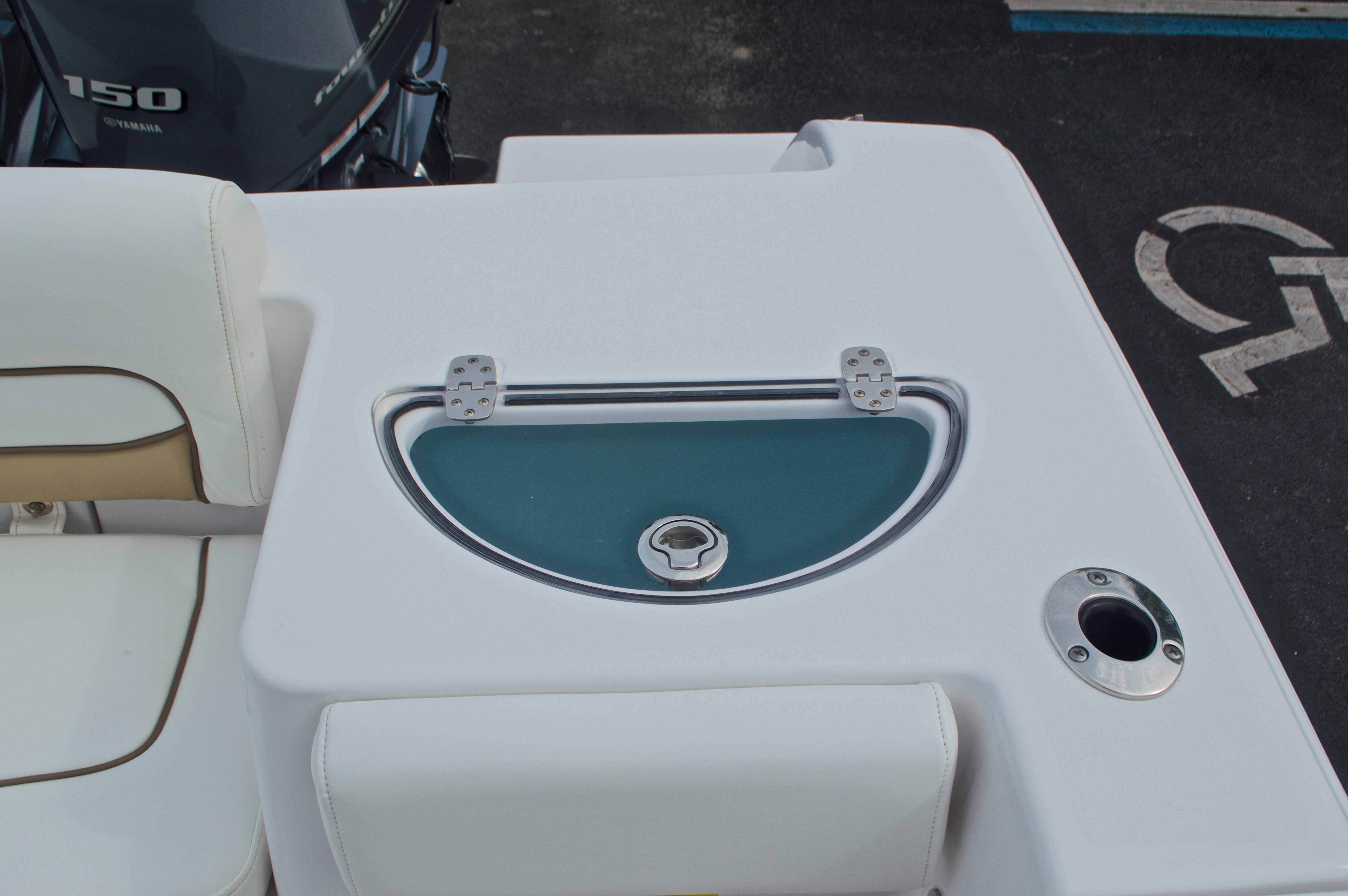 Thumbnail 20 for Used 2015 Sportsman Heritage 251 Center Console boat for sale in West Palm Beach, FL
