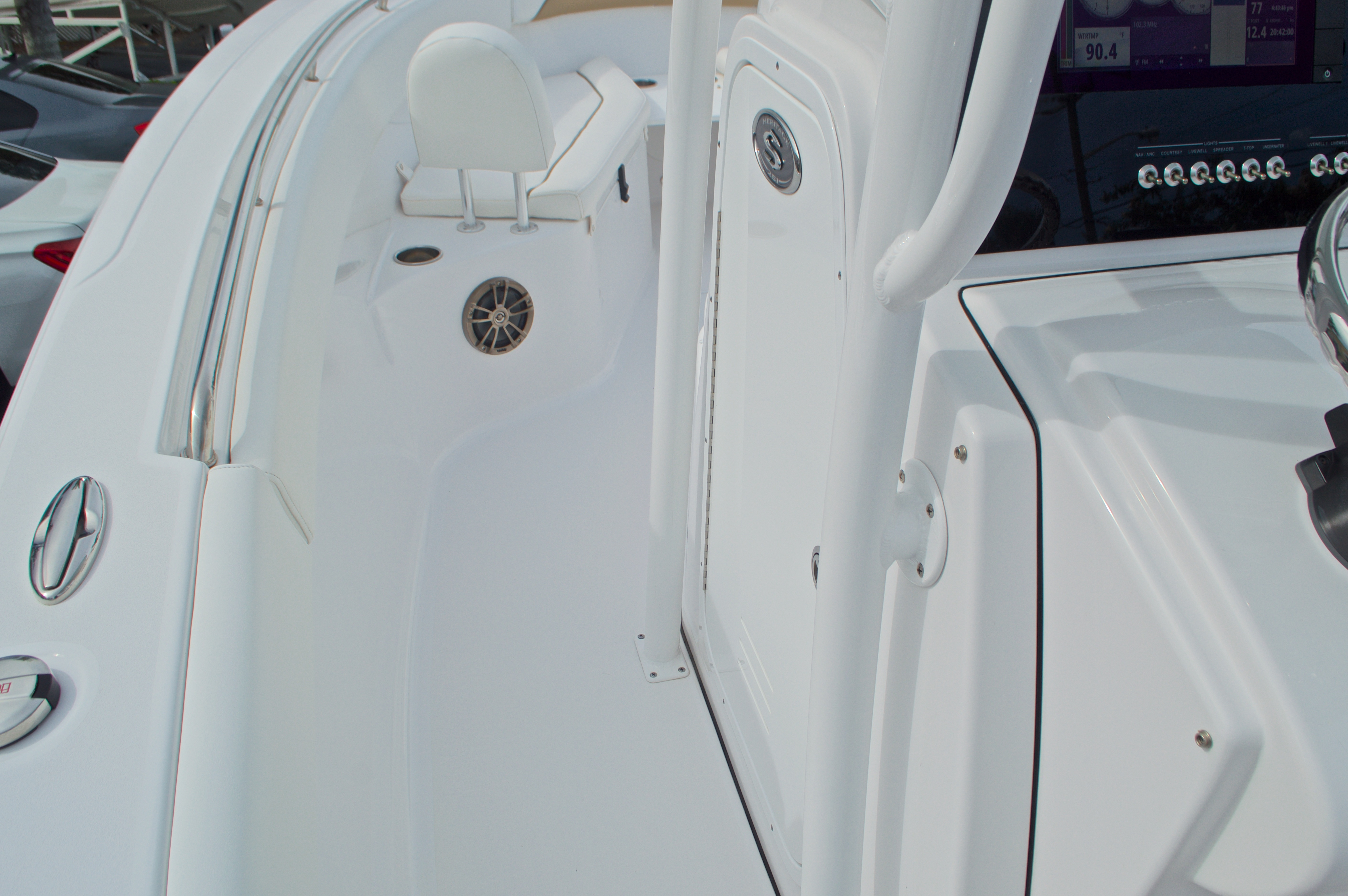 Thumbnail 46 for Used 2015 Sportsman Heritage 251 Center Console boat for sale in West Palm Beach, FL