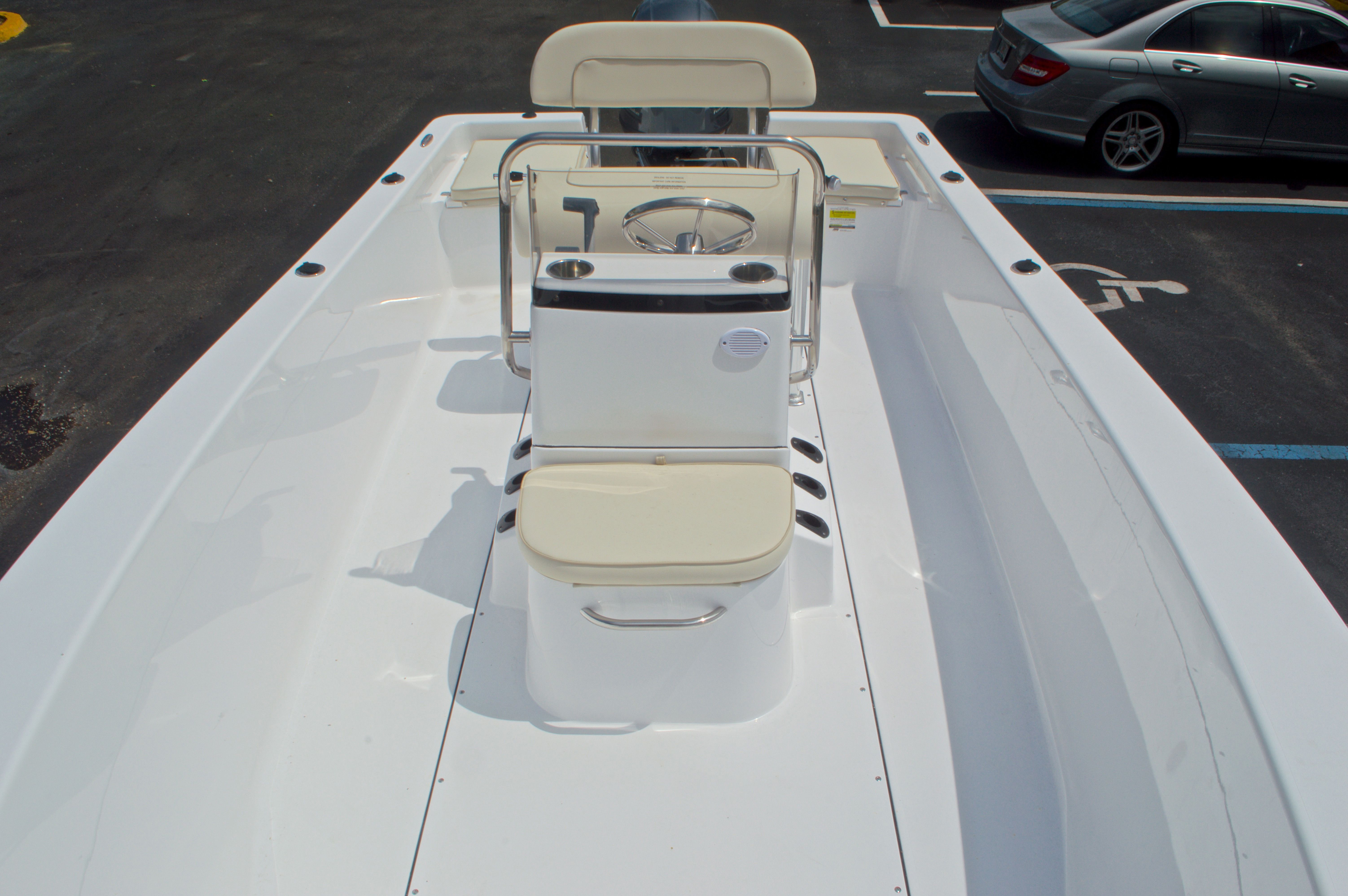 Thumbnail 18 for New 2017 Sportsman 19 Island Reef boat for sale in West Palm Beach, FL
