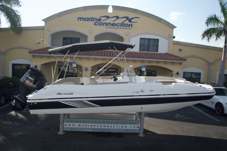 New 2016 Hurricane Sundeck Sport SS 231 OB boat for sale in West Palm Beach, FL