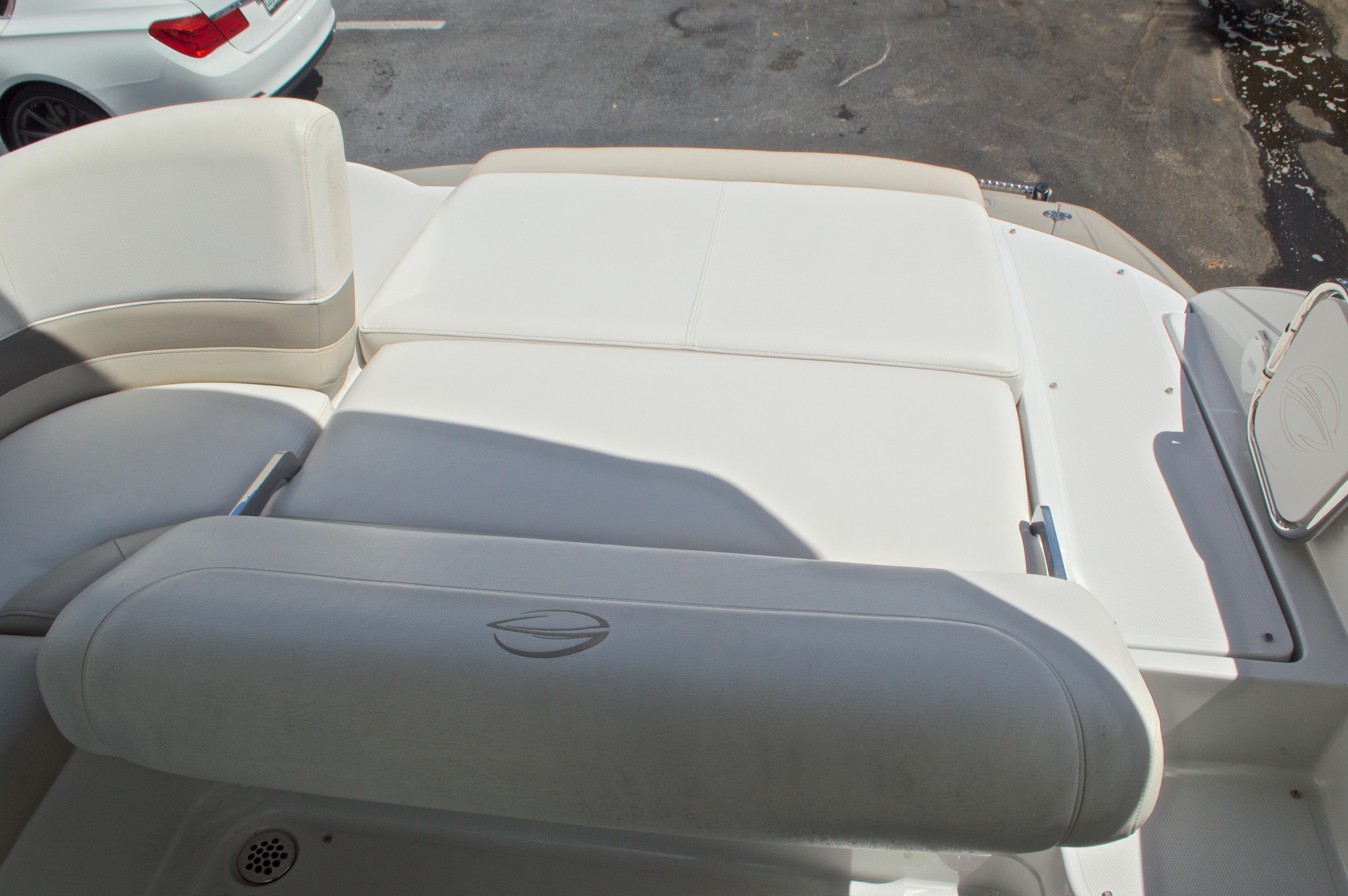 Thumbnail 17 for Used 2009 Crownline 300 LS boat for sale in West Palm Beach, FL