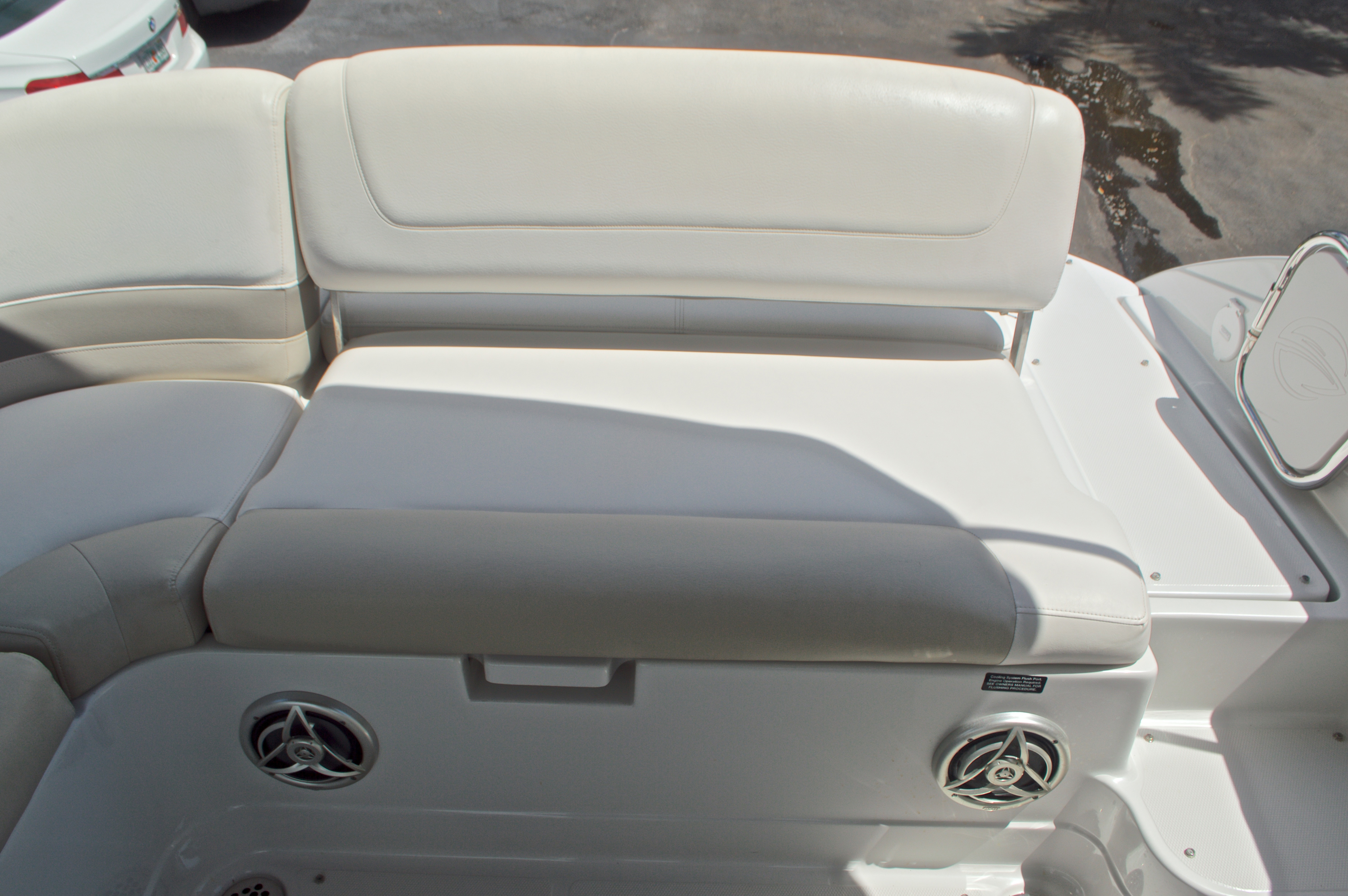 Thumbnail 20 for Used 2009 Crownline 300 LS boat for sale in West Palm Beach, FL
