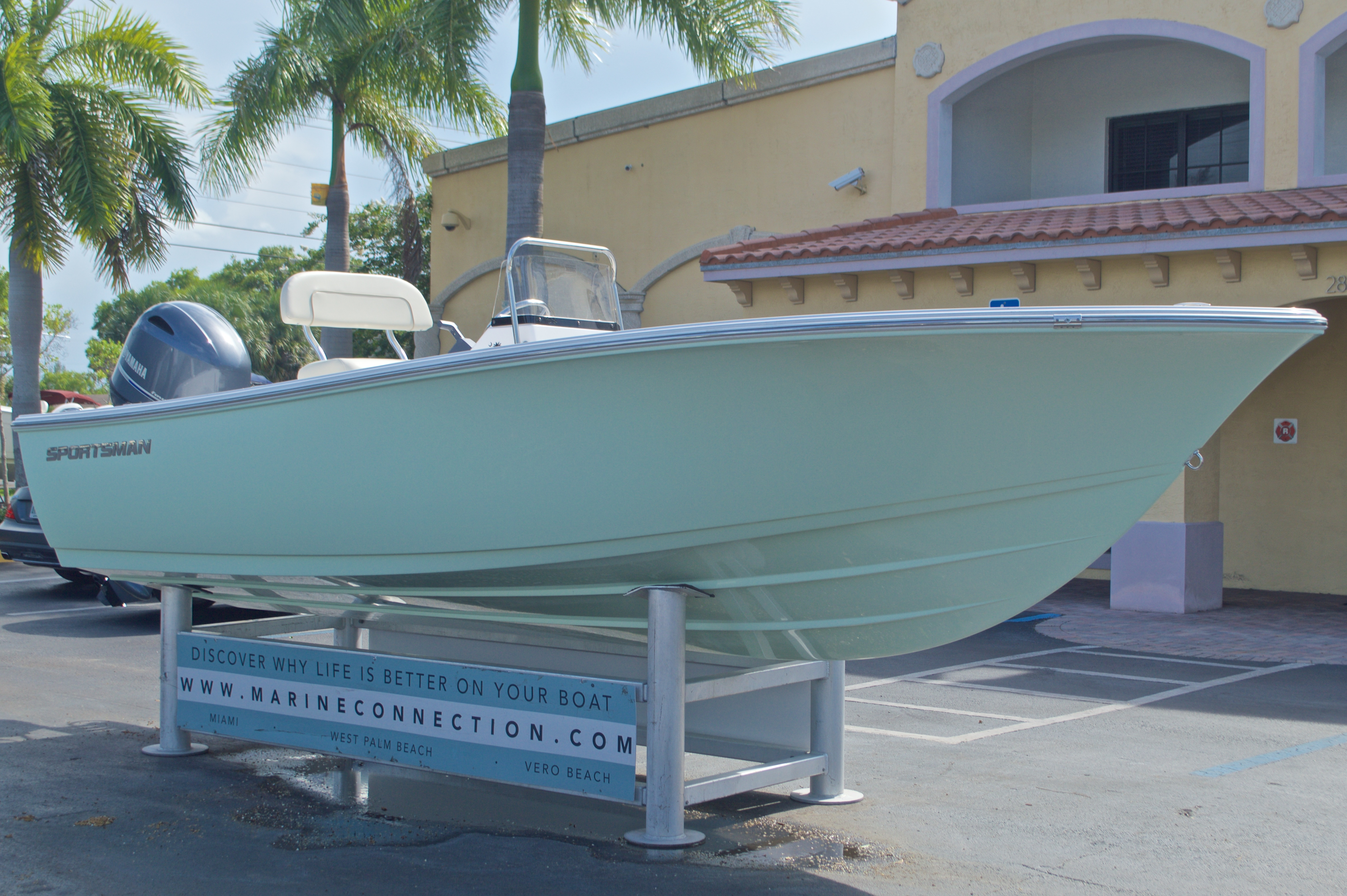 Thumbnail 1 for New 2017 Sportsman 19 Island Reef boat for sale in West Palm Beach, FL