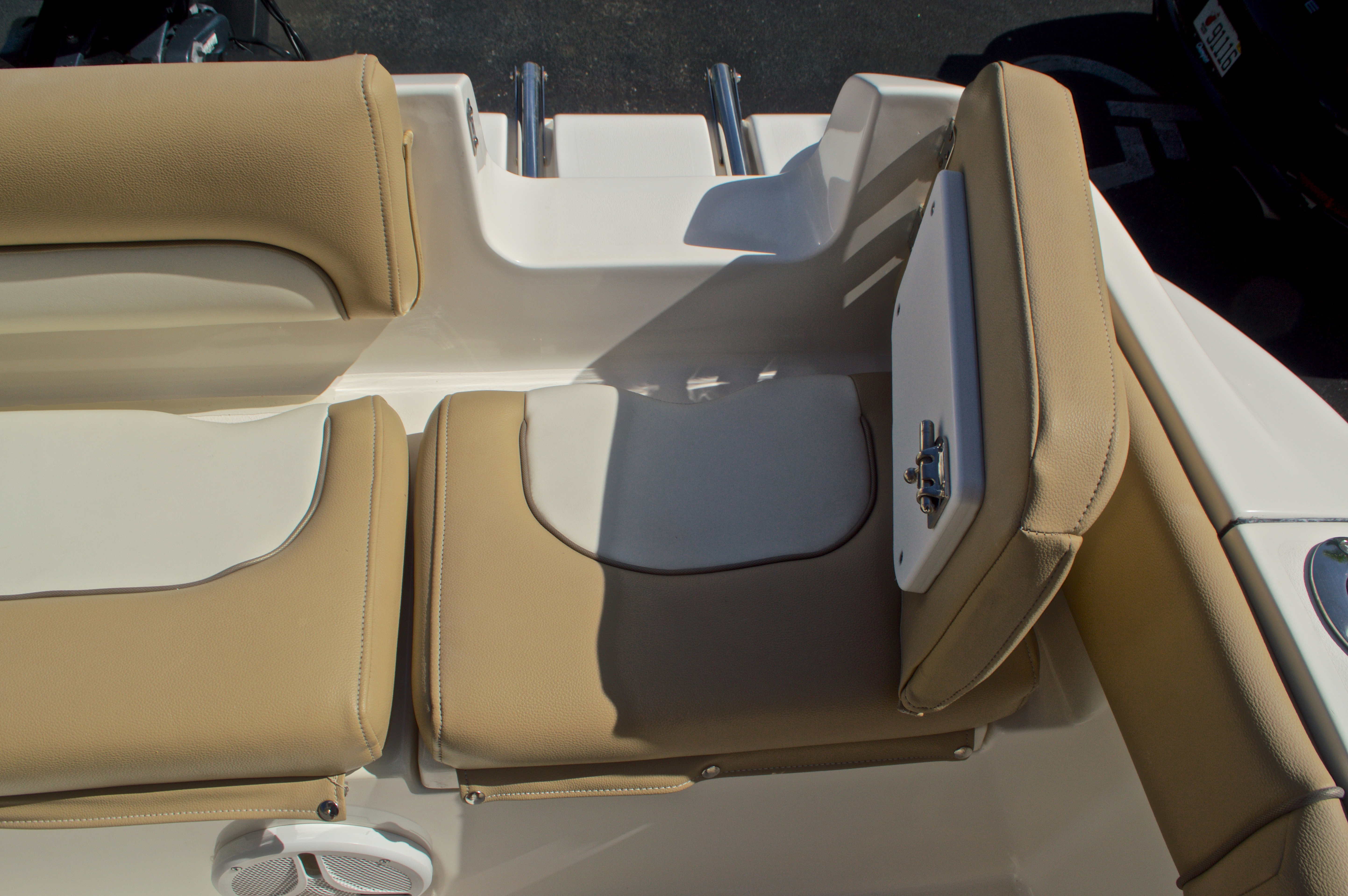 Thumbnail 28 for Used 2014 Key West 219 FS Center Console boat for sale in West Palm Beach, FL