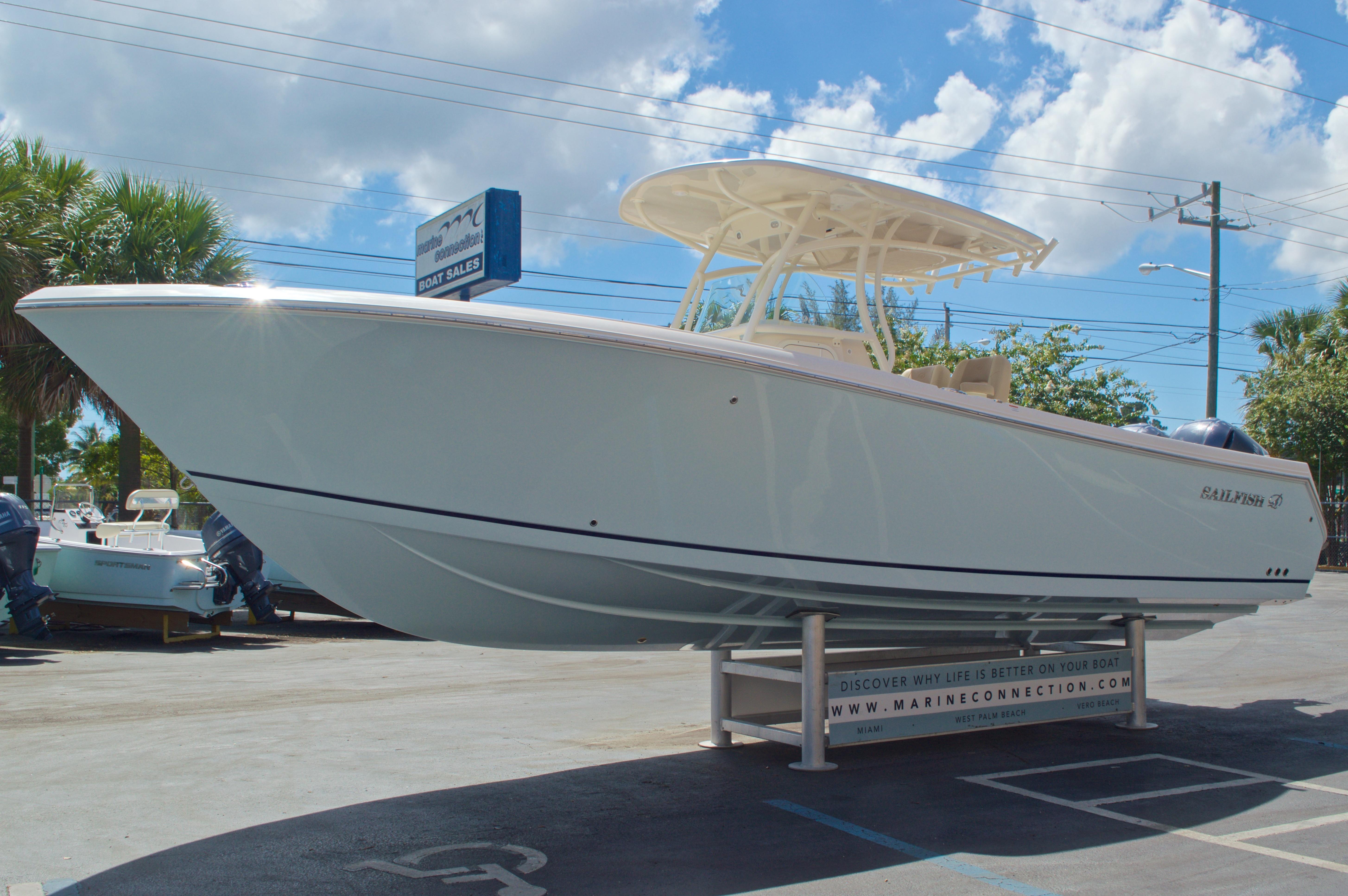 Thumbnail 4 for New 2017 Sailfish 290 CC Center Console boat for sale in Vero Beach, FL