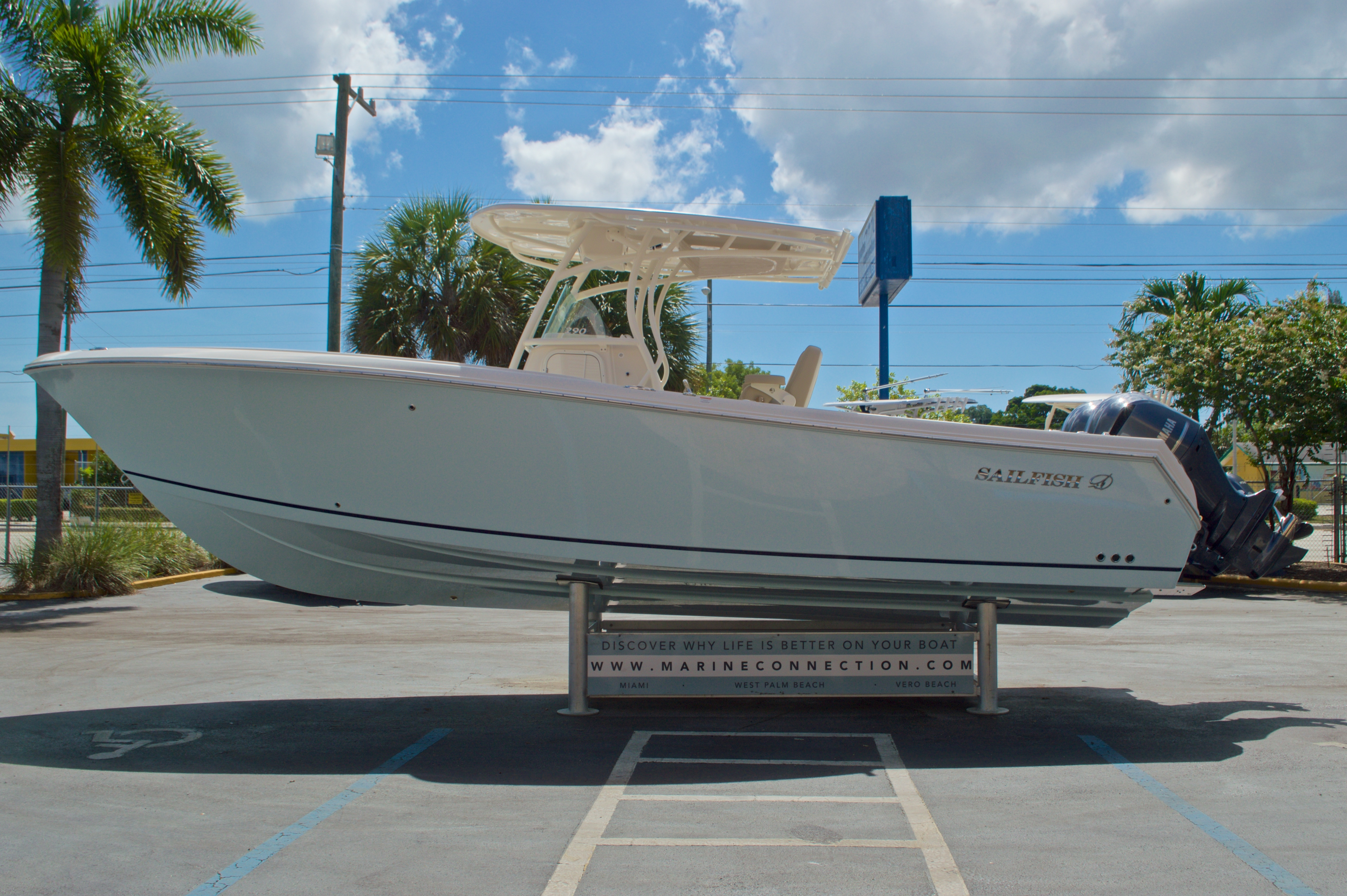 Thumbnail 5 for New 2017 Sailfish 290 CC Center Console boat for sale in Vero Beach, FL