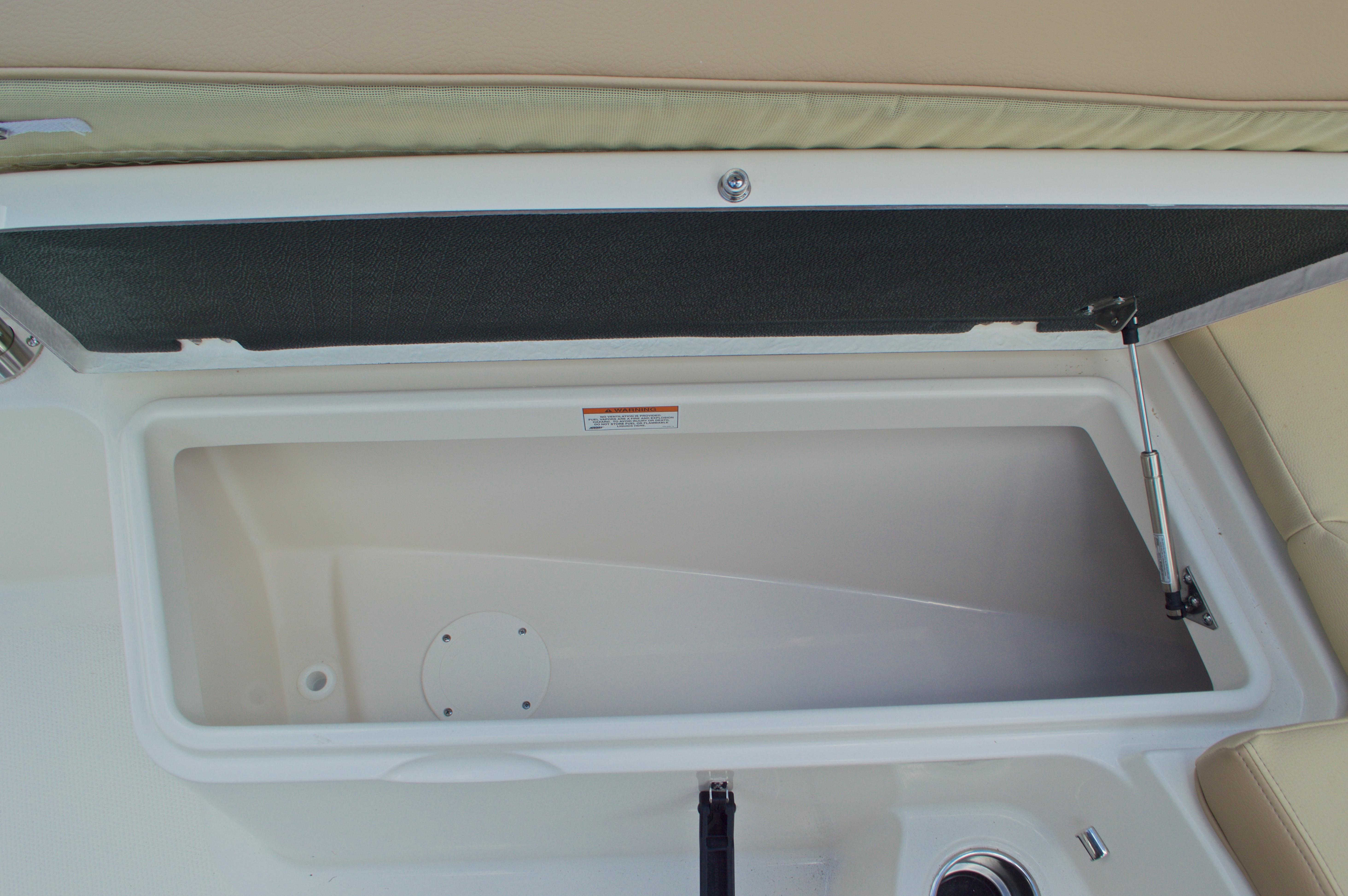 Thumbnail 51 for New 2017 Sailfish 290 CC Center Console boat for sale in Vero Beach, FL