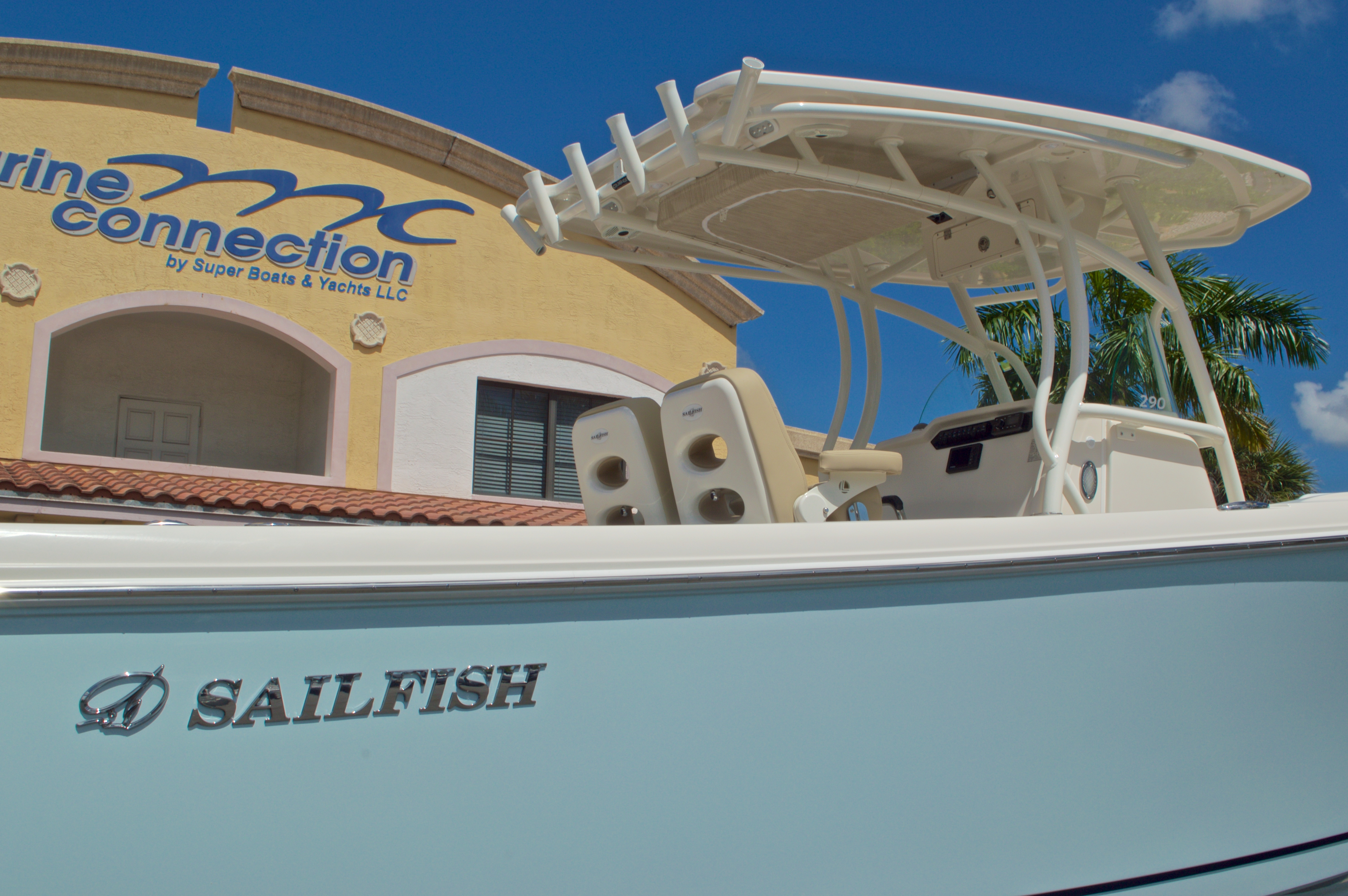 Thumbnail 9 for New 2017 Sailfish 290 CC Center Console boat for sale in Vero Beach, FL