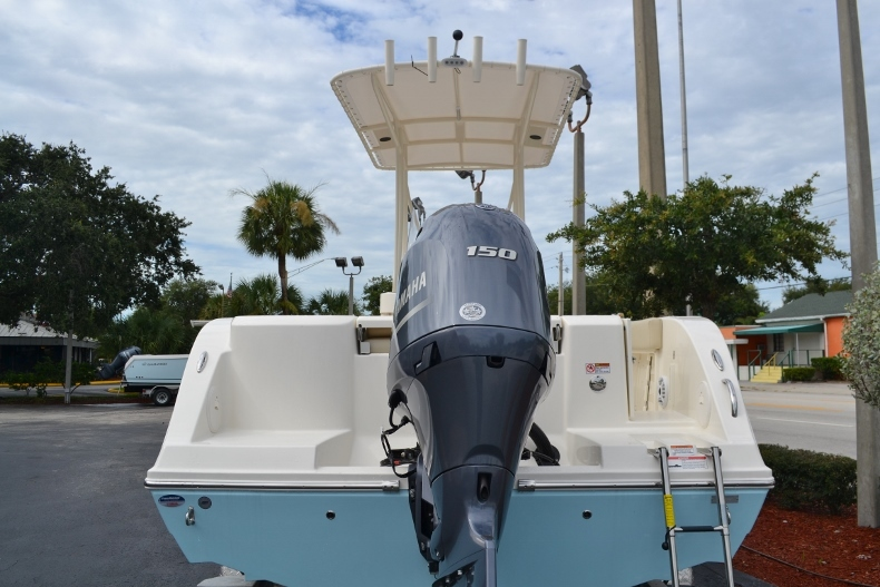 Thumbnail 2 for New 2017 Cobia 201 Center Console boat for sale in Vero Beach, FL
