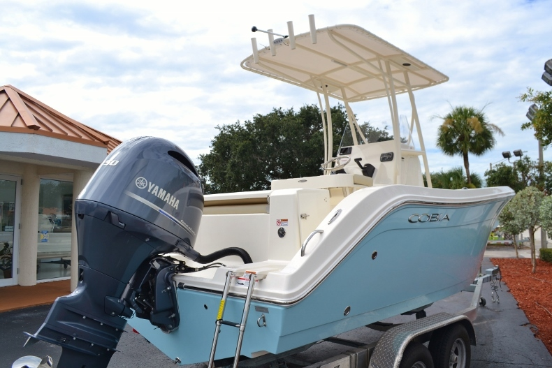 Thumbnail 3 for New 2017 Cobia 201 Center Console boat for sale in Vero Beach, FL
