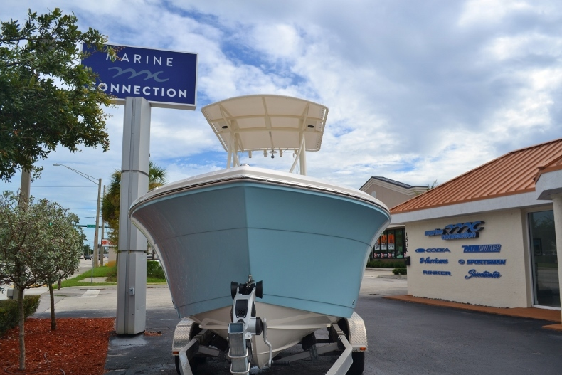 Thumbnail 5 for New 2017 Cobia 201 Center Console boat for sale in Vero Beach, FL