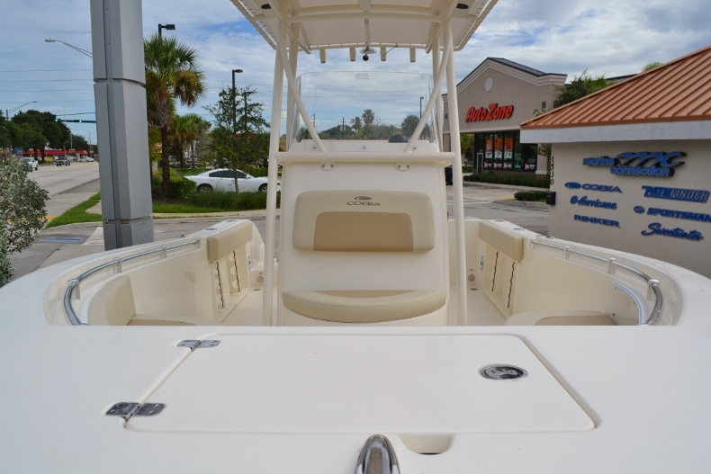 Thumbnail 6 for New 2017 Cobia 201 Center Console boat for sale in Vero Beach, FL