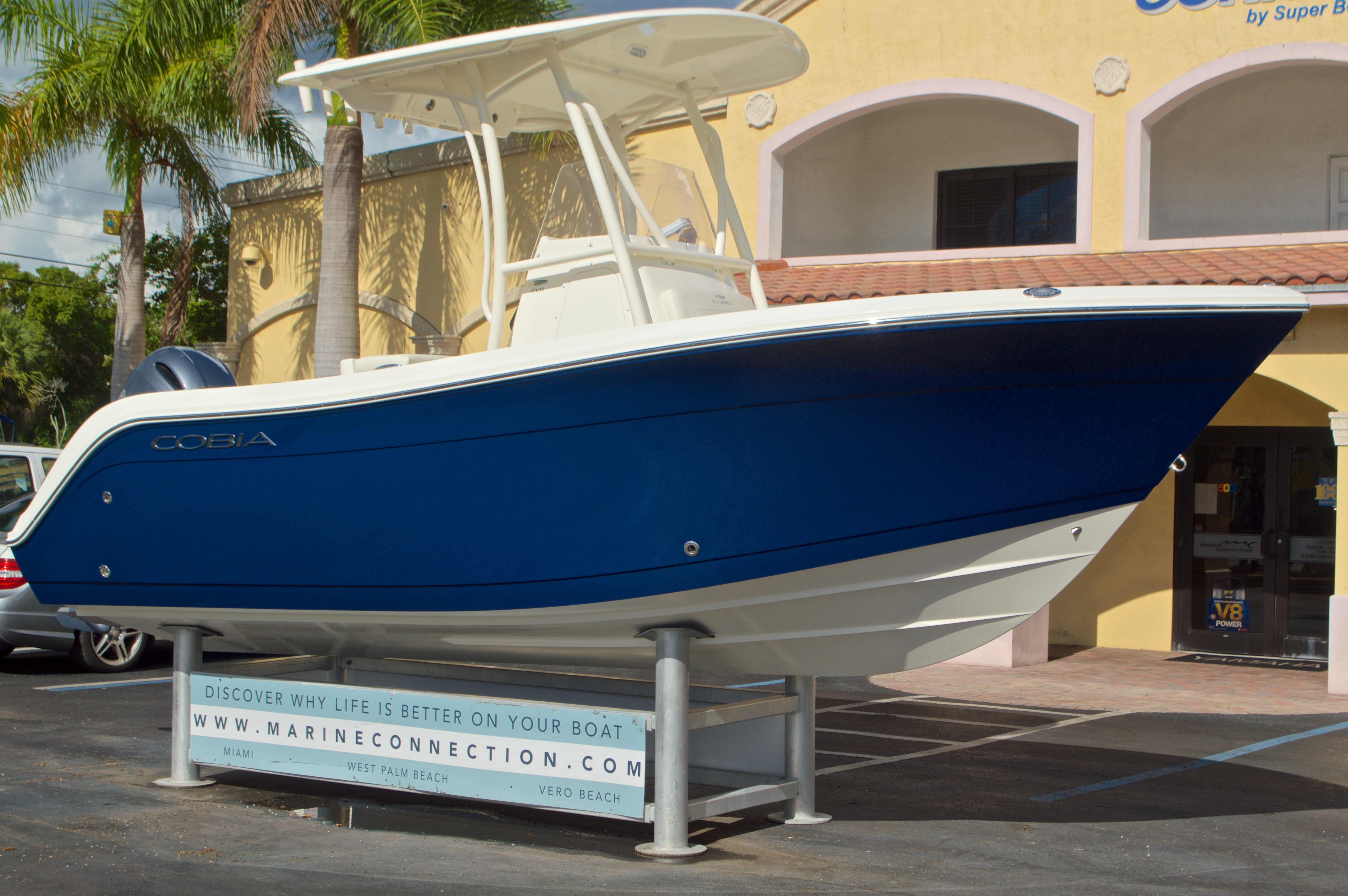 Thumbnail 1 for New 2017 Cobia 201 Center Console boat for sale in Miami, FL