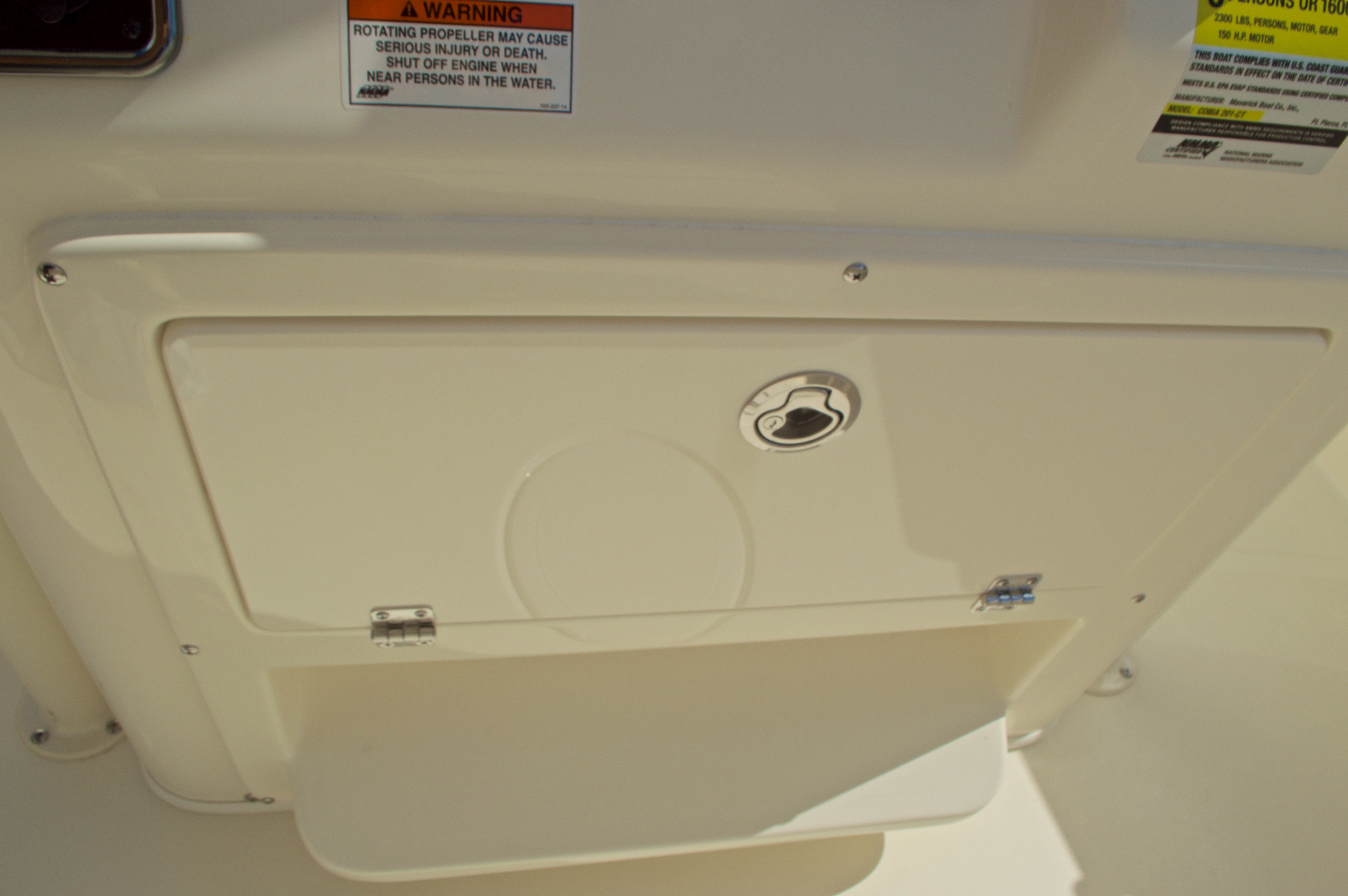 Thumbnail 33 for New 2017 Cobia 201 Center Console boat for sale in Miami, FL