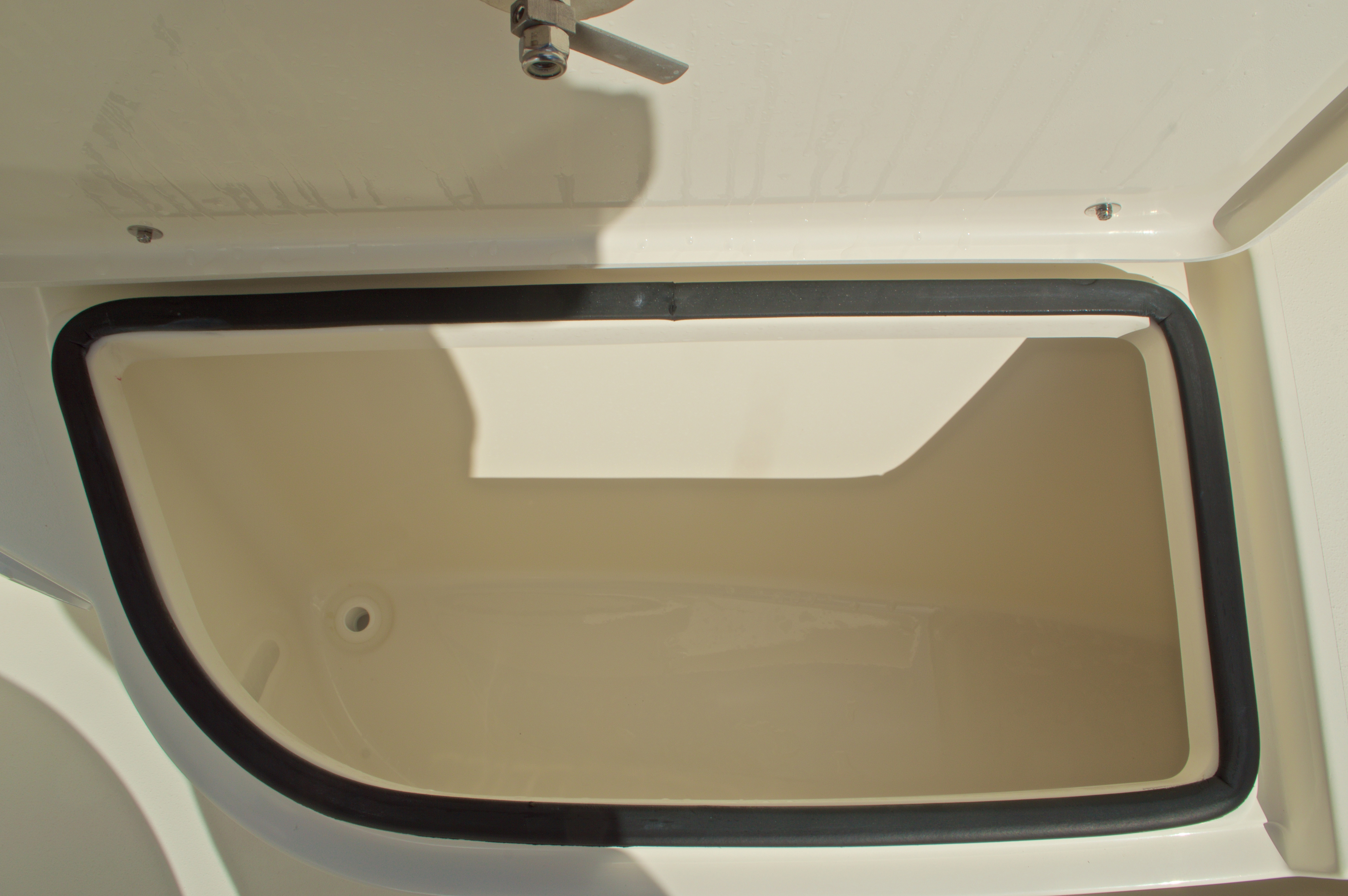 Thumbnail 41 for New 2017 Cobia 201 Center Console boat for sale in Miami, FL