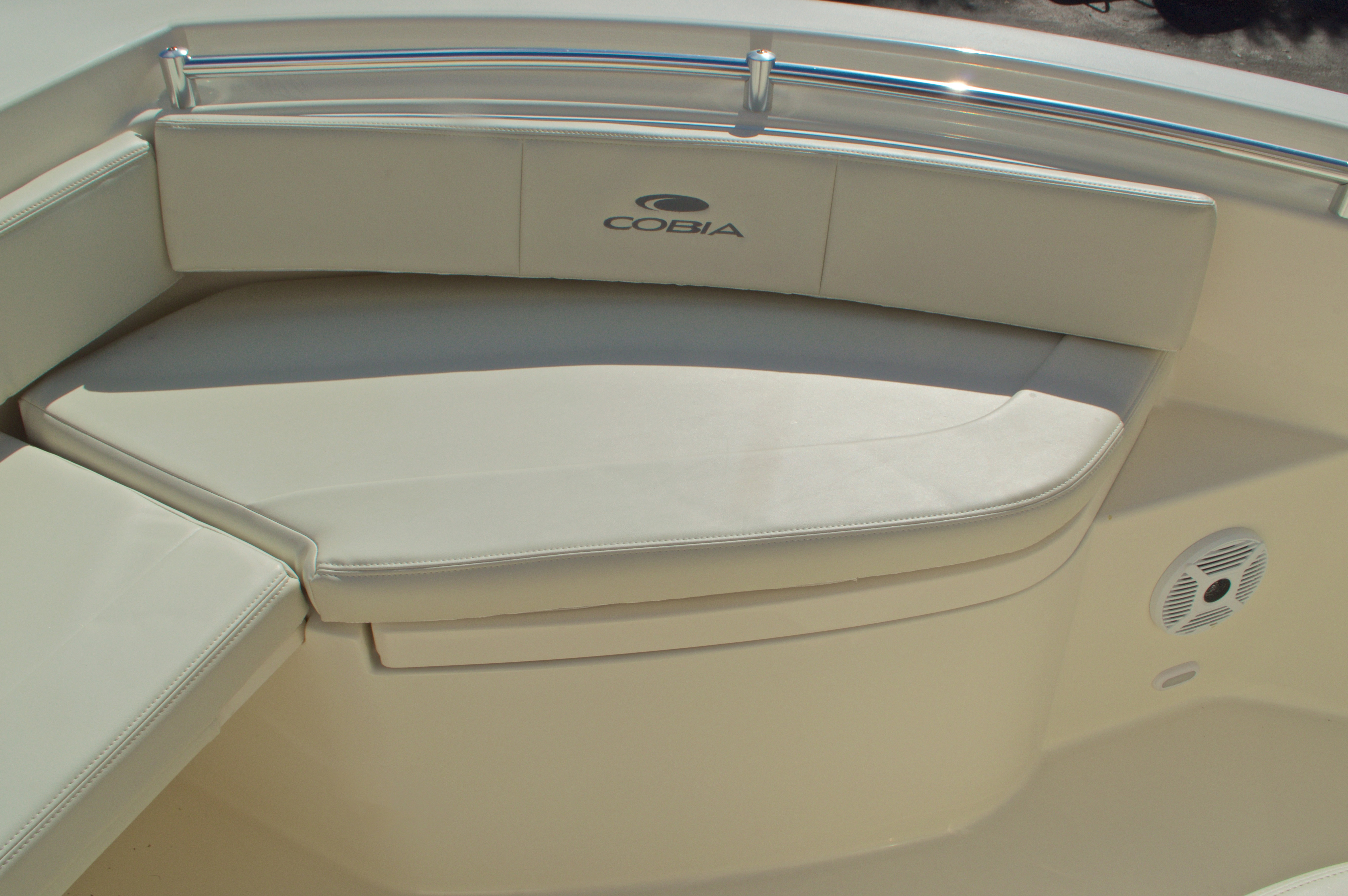 Thumbnail 42 for New 2017 Cobia 201 Center Console boat for sale in Miami, FL