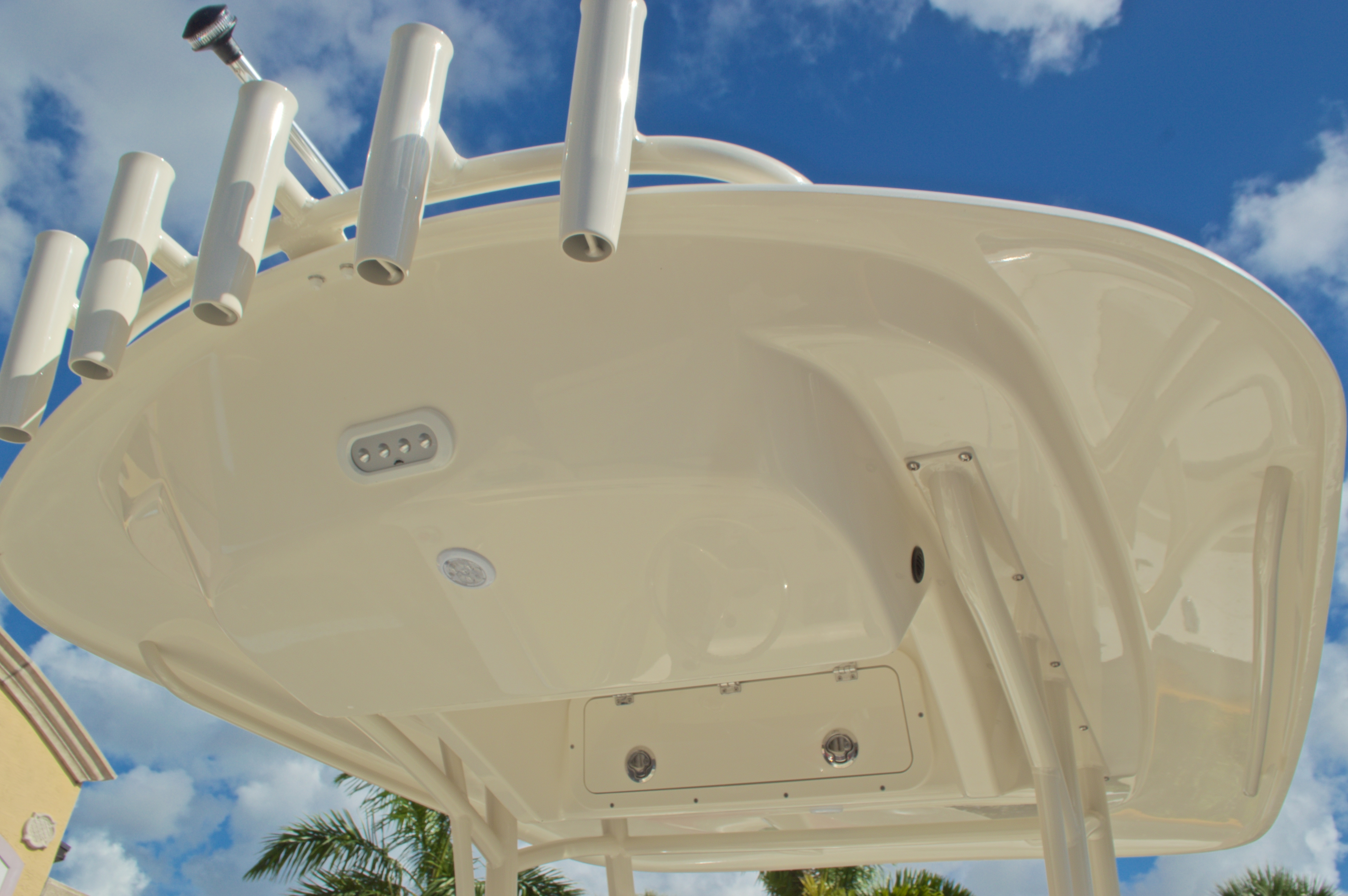 Thumbnail 21 for New 2017 Cobia 201 Center Console boat for sale in Miami, FL