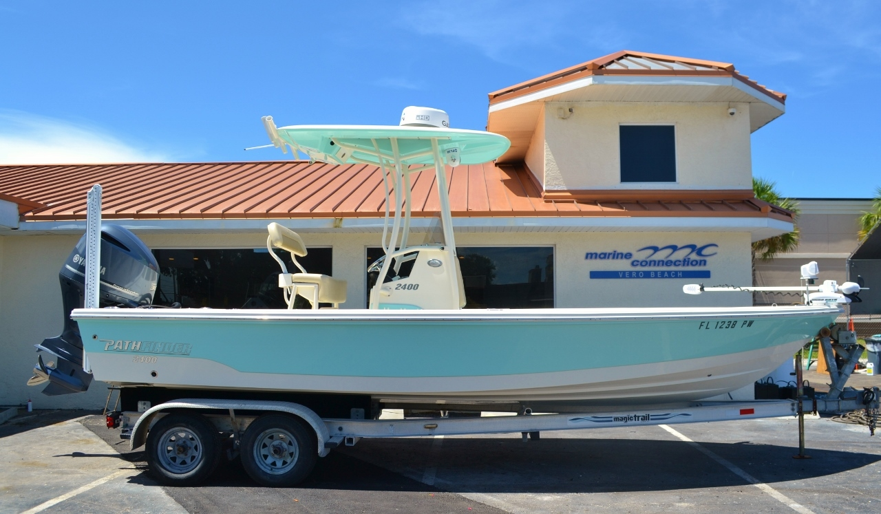 Used 2015 Pathfinder 2400 TRS Bay Boat boat for sale in Vero Beach, FL