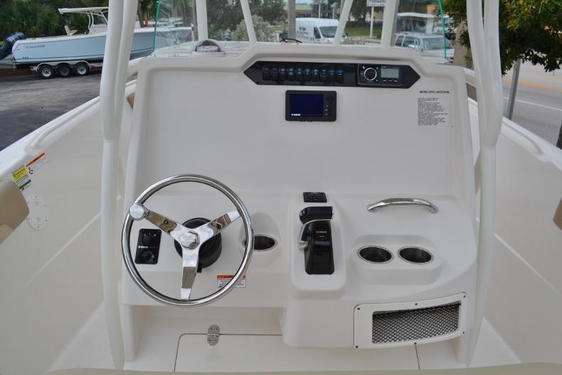 Thumbnail 9 for New 2017 Sailfish 240 CC Center Console boat for sale in Vero Beach, FL