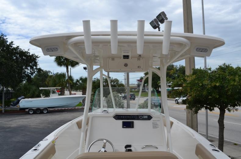 Thumbnail 10 for New 2017 Sailfish 240 CC Center Console boat for sale in Vero Beach, FL