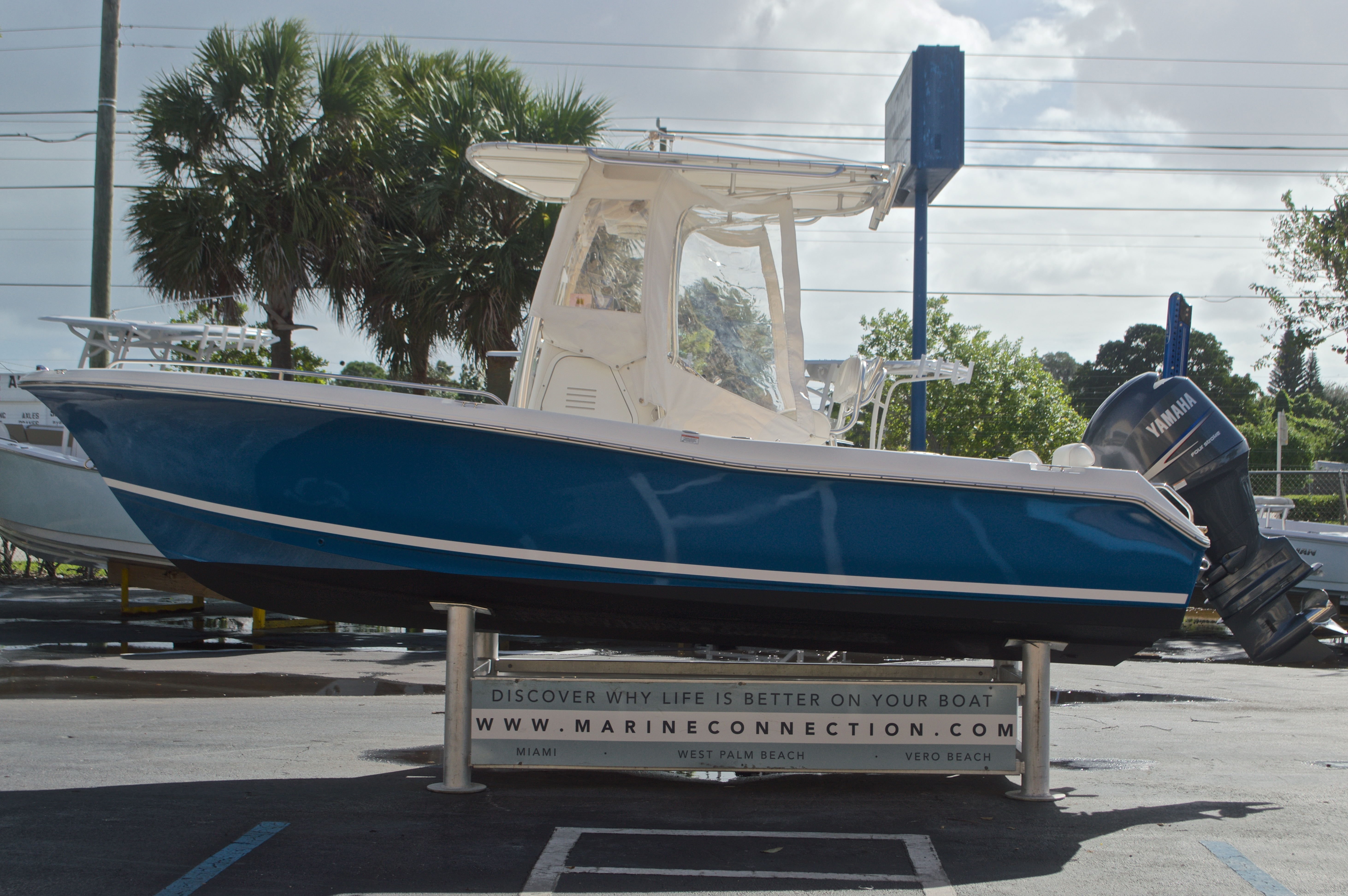 Thumbnail 5 for Used 2009 Sea Hunt 207 Triton boat for sale in West Palm Beach, FL