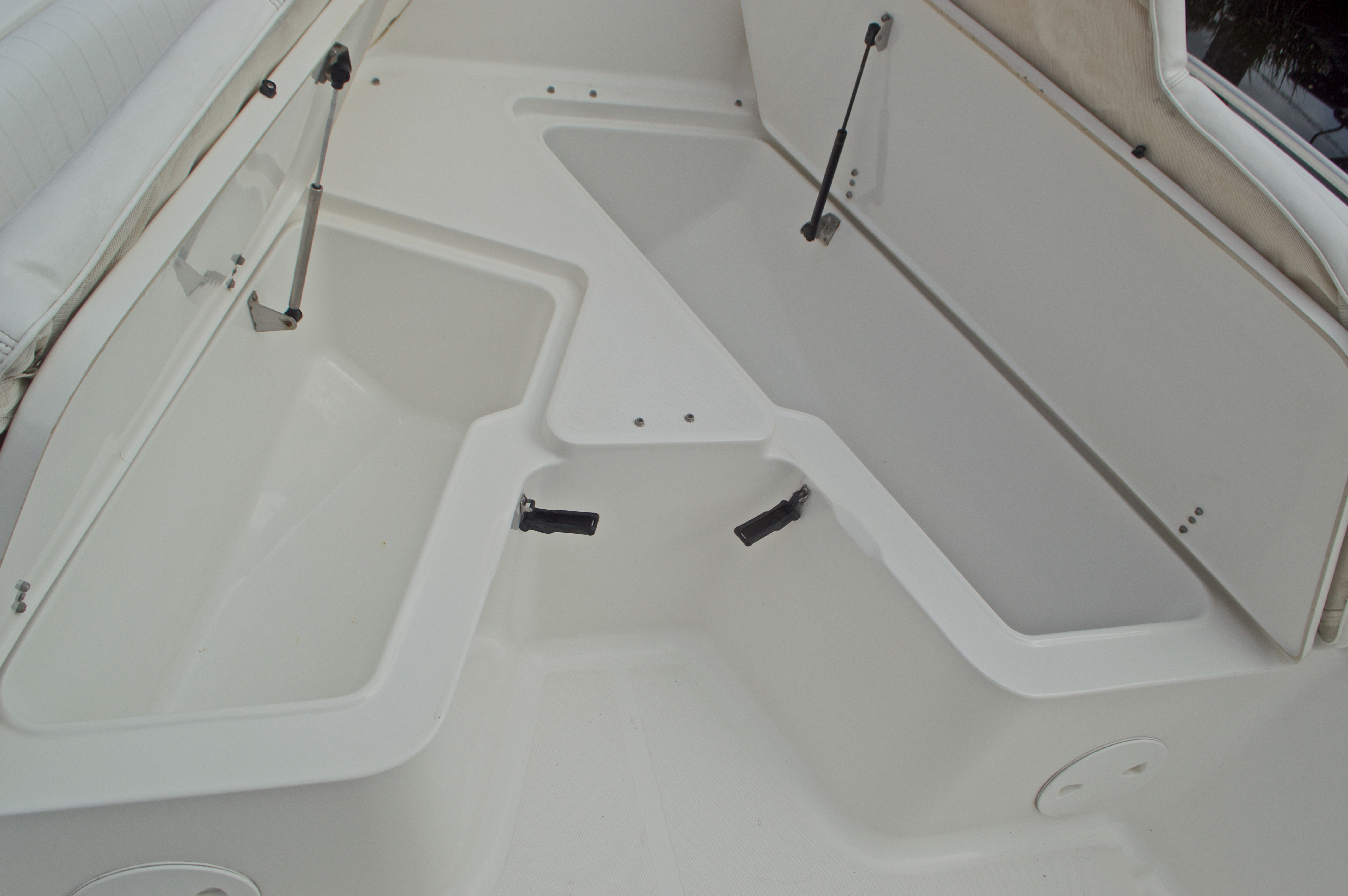 Thumbnail 52 for Used 2009 Sea Hunt 207 Triton boat for sale in West Palm Beach, FL