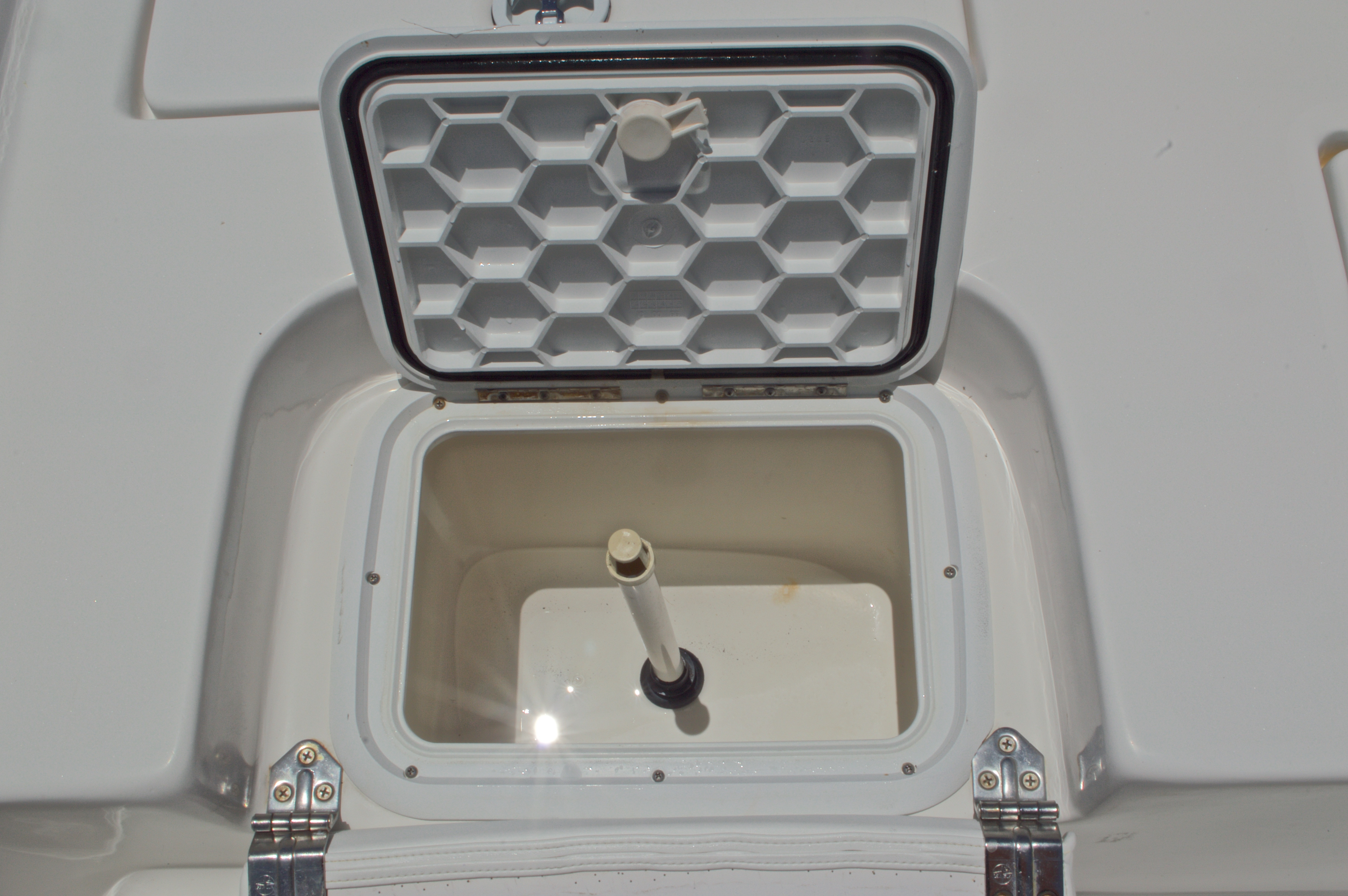 Thumbnail 22 for Used 2005 Sea Chaser 245 Bay Runner LX boat for sale in West Palm Beach, FL