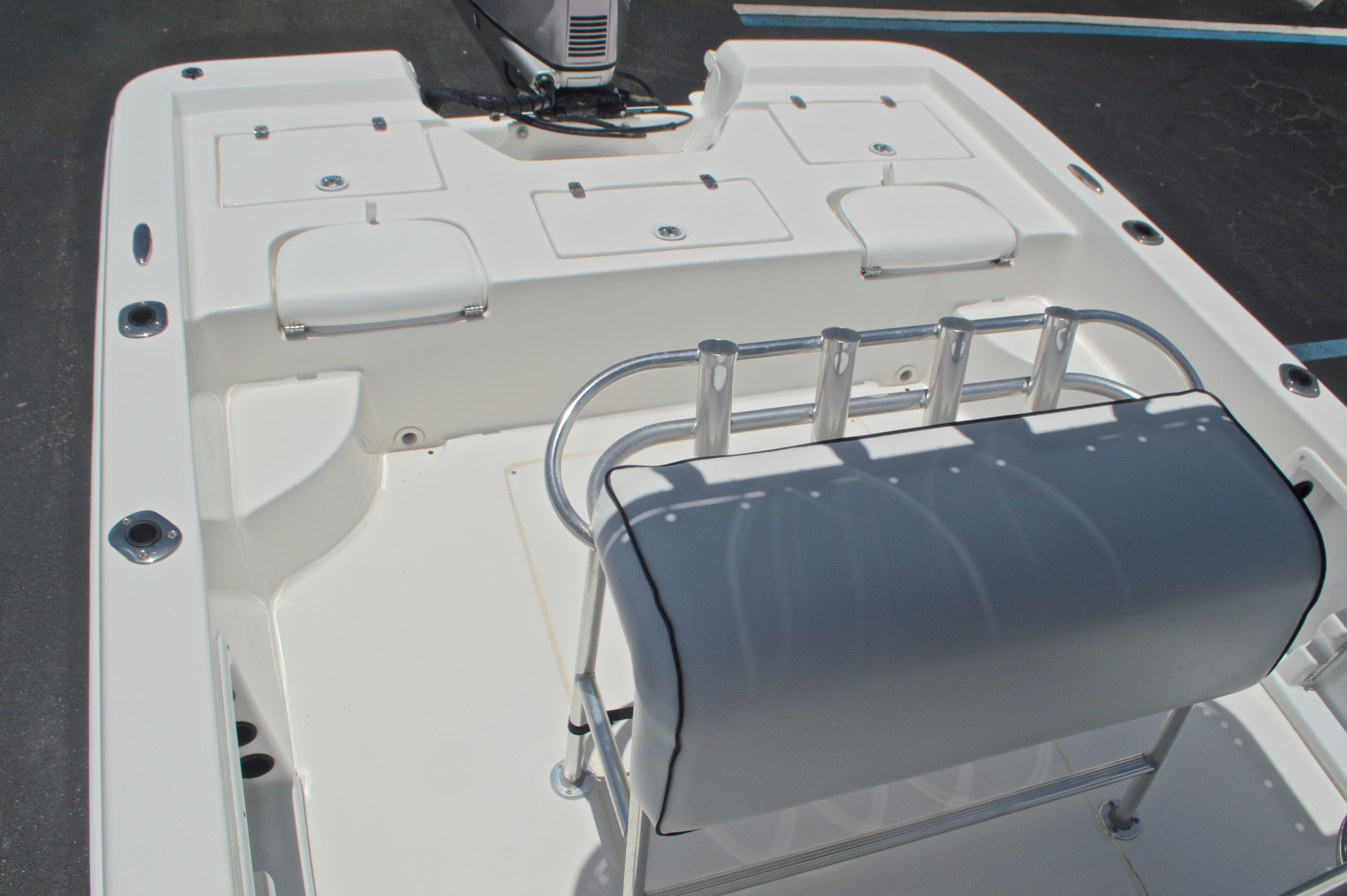 Thumbnail 18 for Used 2005 Sea Chaser 245 Bay Runner LX boat for sale in West Palm Beach, FL