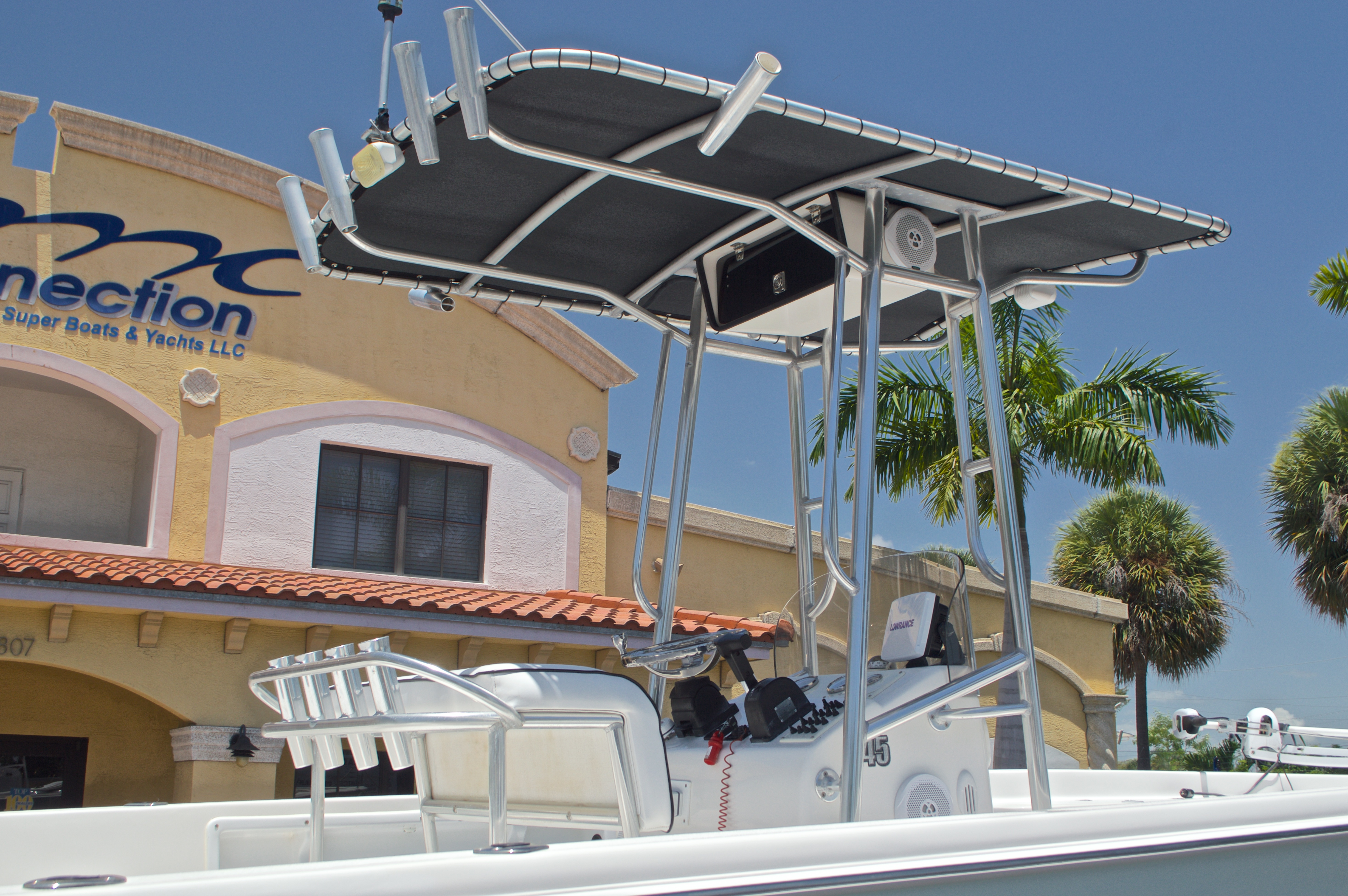 Thumbnail 14 for Used 2005 Sea Chaser 245 Bay Runner LX boat for sale in West Palm Beach, FL