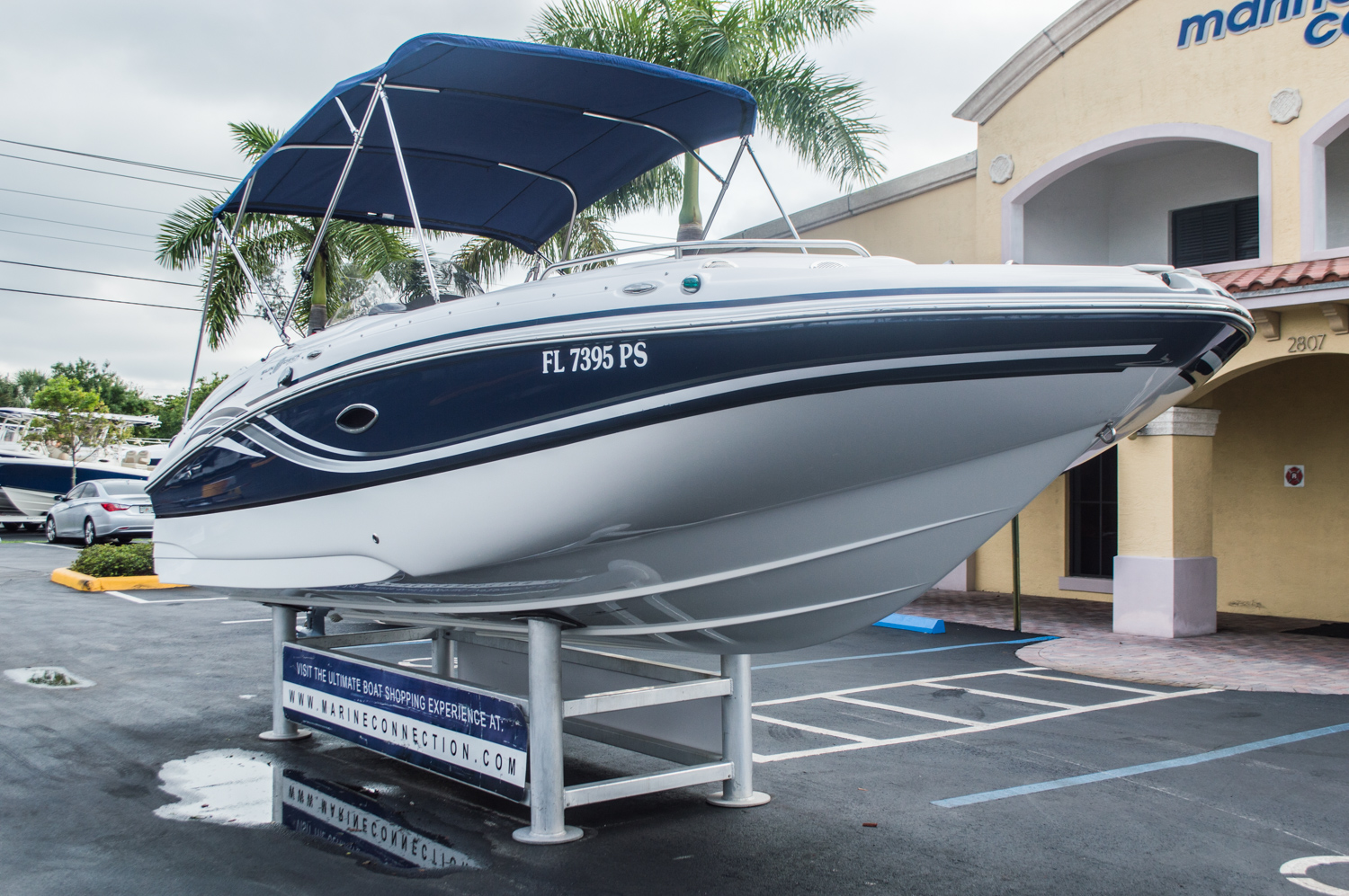 Used 2013 hurricane sundeck sport ss 220 ob boat for sale for Hurricane sundeck for sale