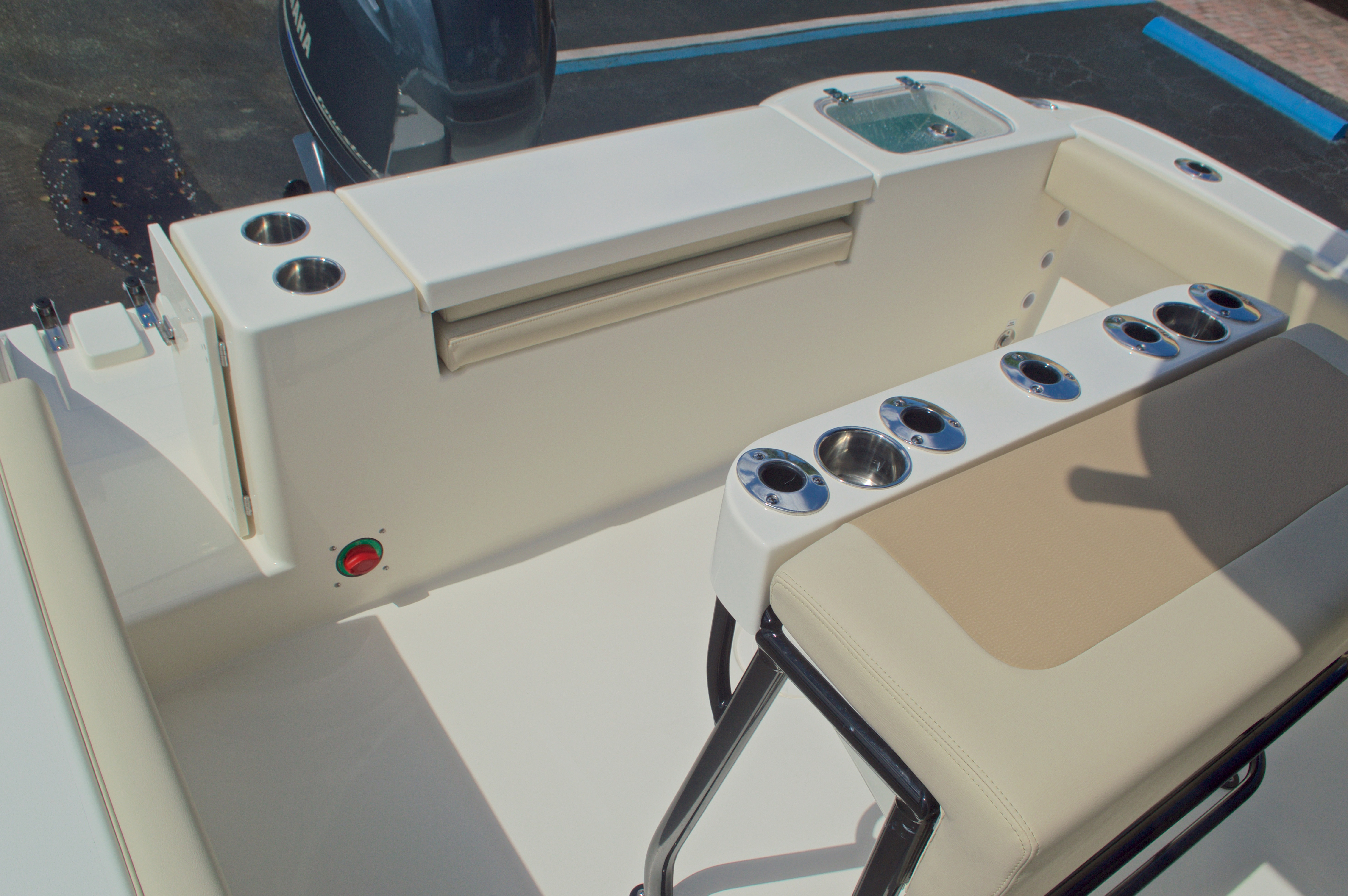 Thumbnail 13 for New 2017 Cobia 220 Center Console boat for sale in Vero Beach, FL