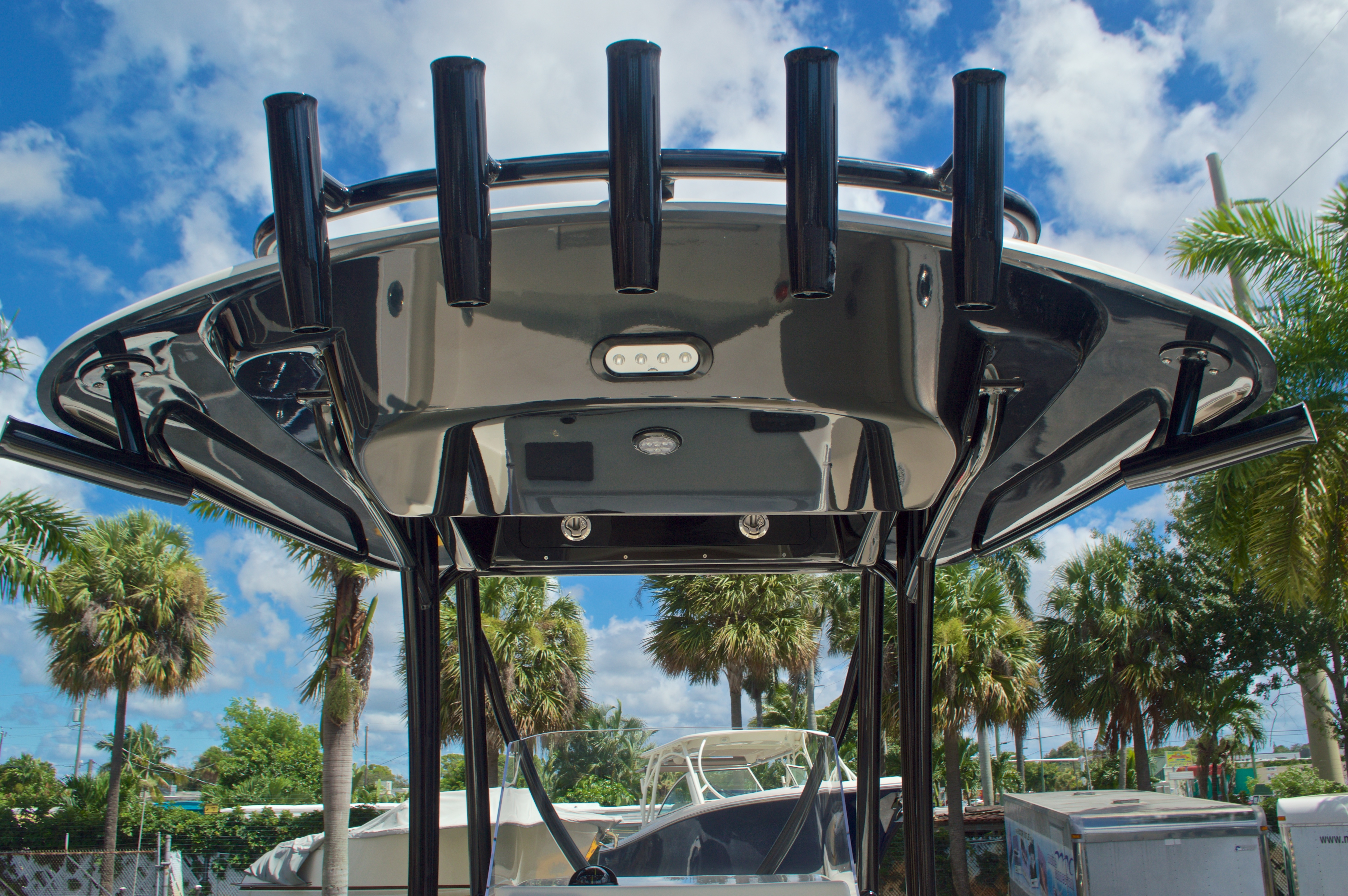 Thumbnail 35 for New 2017 Cobia 220 Center Console boat for sale in Vero Beach, FL