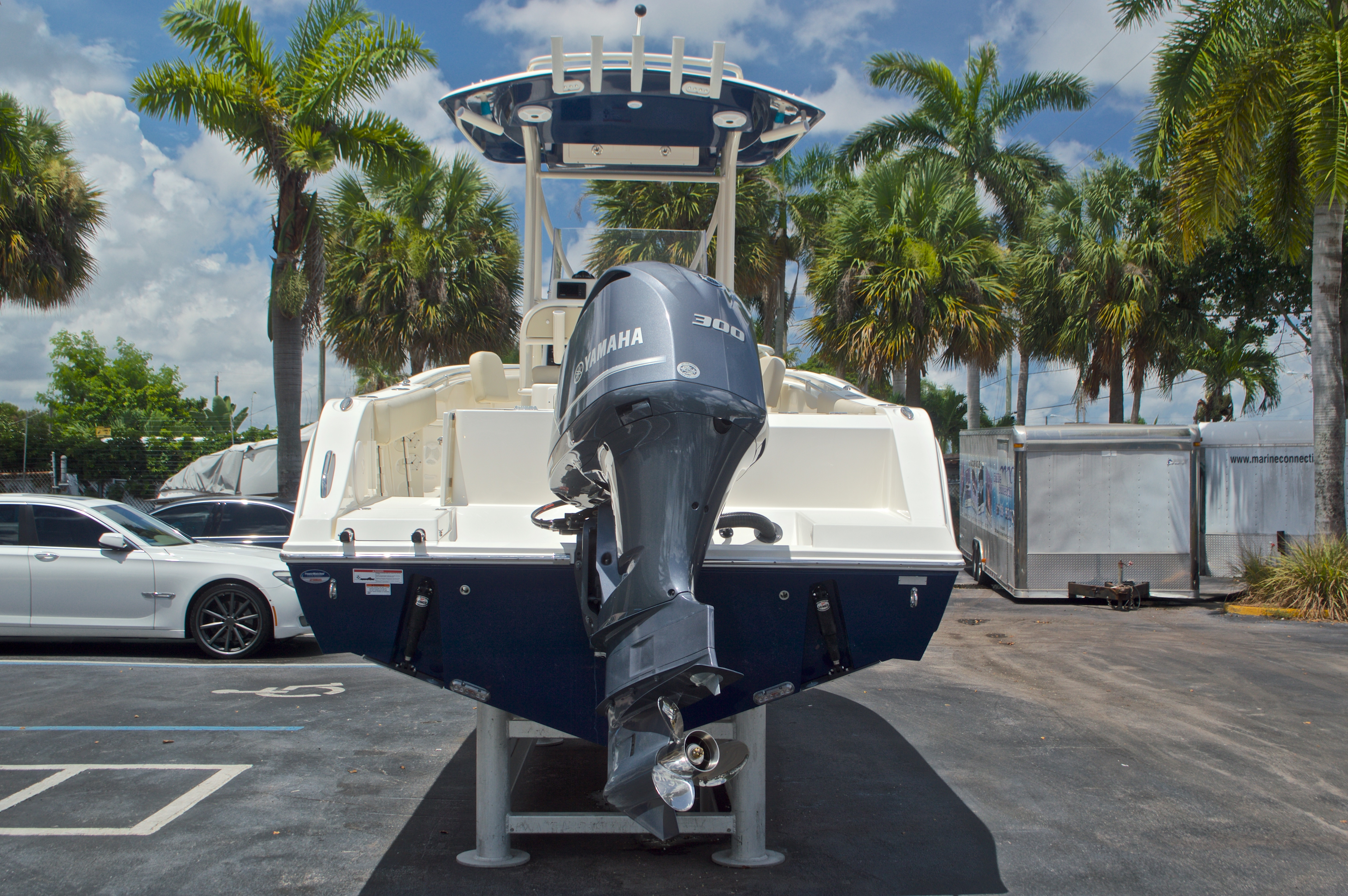 Thumbnail 7 for New 2017 Cobia 237 Center Console boat for sale in West Palm Beach, FL