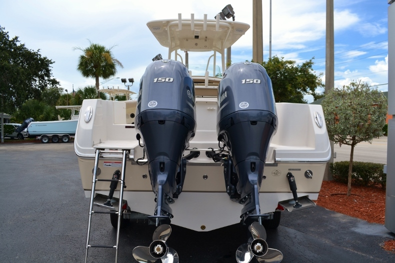 Thumbnail 3 for New 2017 Sailfish 270 CC Center Console boat for sale in Vero Beach, FL