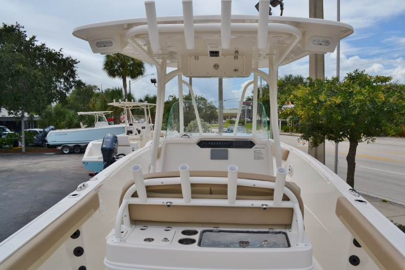 Thumbnail 8 for New 2017 Sailfish 270 CC Center Console boat for sale in Vero Beach, FL
