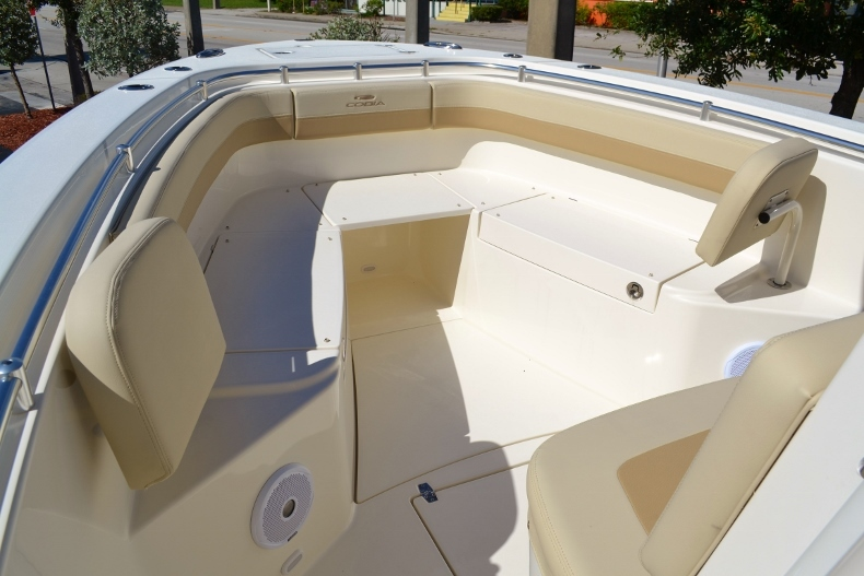 Thumbnail 6 for New 2017 Cobia 277 Center Console boat for sale in Vero Beach, FL