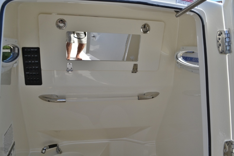 Thumbnail 8 for New 2017 Cobia 277 Center Console boat for sale in Vero Beach, FL