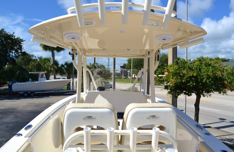 Thumbnail 9 for New 2017 Cobia 277 Center Console boat for sale in Vero Beach, FL
