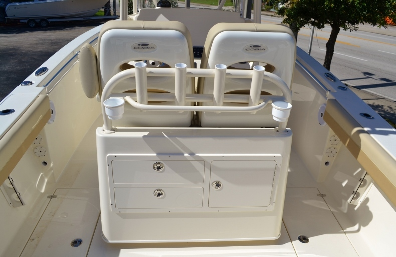 Thumbnail 10 for New 2017 Cobia 277 Center Console boat for sale in Vero Beach, FL