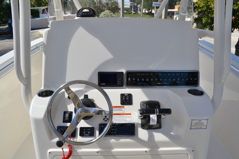 Thumbnail 12 for New 2017 Cobia 277 Center Console boat for sale in Vero Beach, FL
