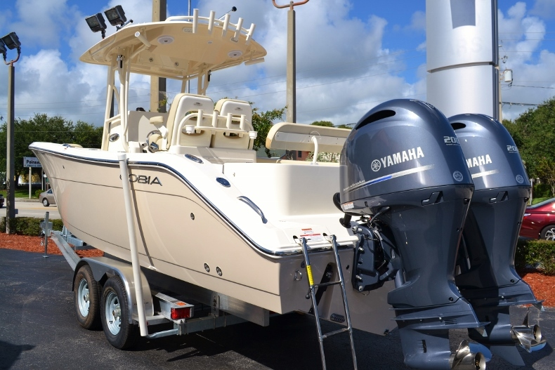 Thumbnail 2 for New 2017 Cobia 277 Center Console boat for sale in Vero Beach, FL