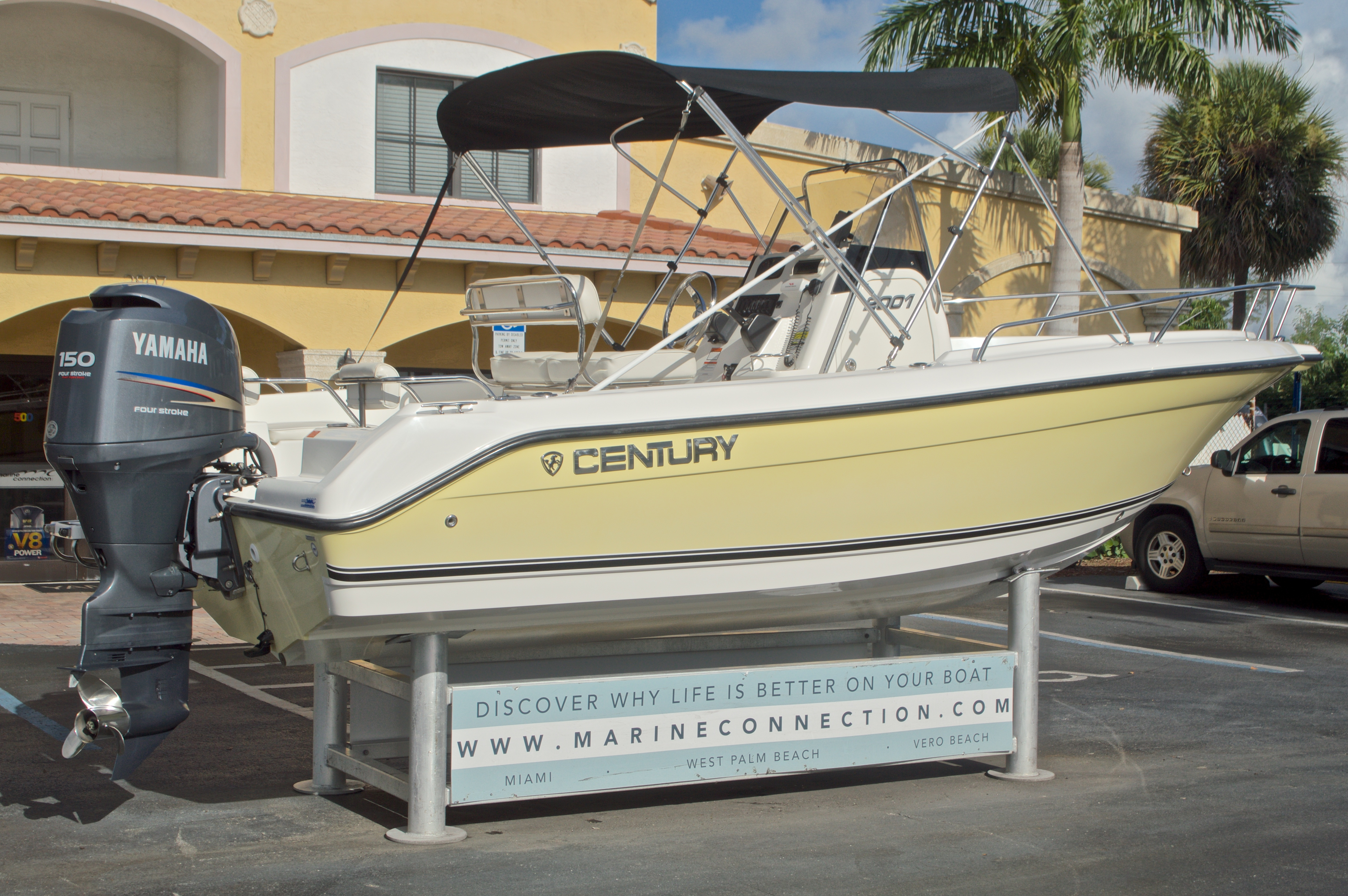 Thumbnail 10 for Used 2007 Century 2001 Center Console boat for sale in West Palm Beach, FL