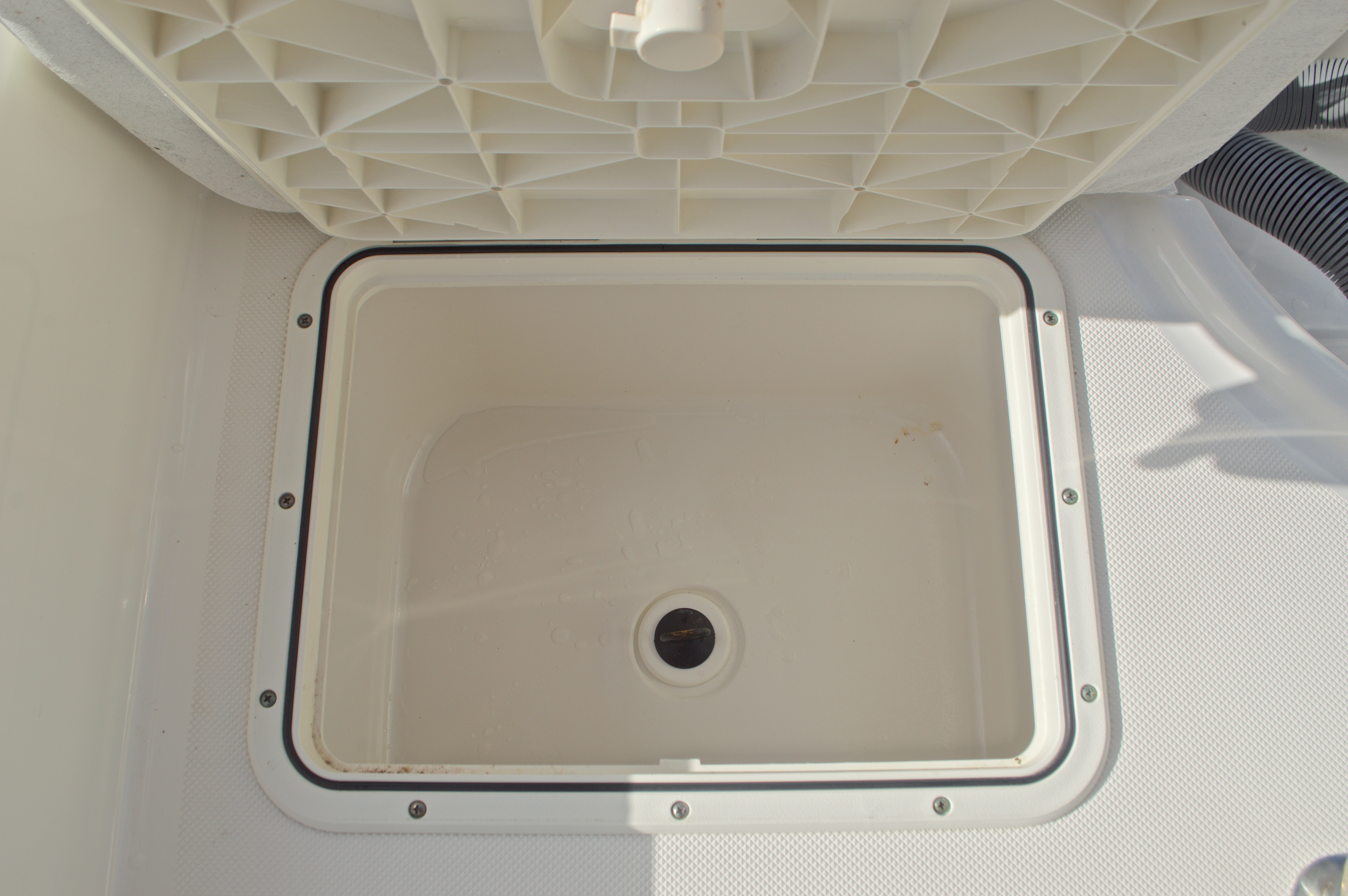 Thumbnail 15 for Used 2007 Century 2001 Center Console boat for sale in West Palm Beach, FL