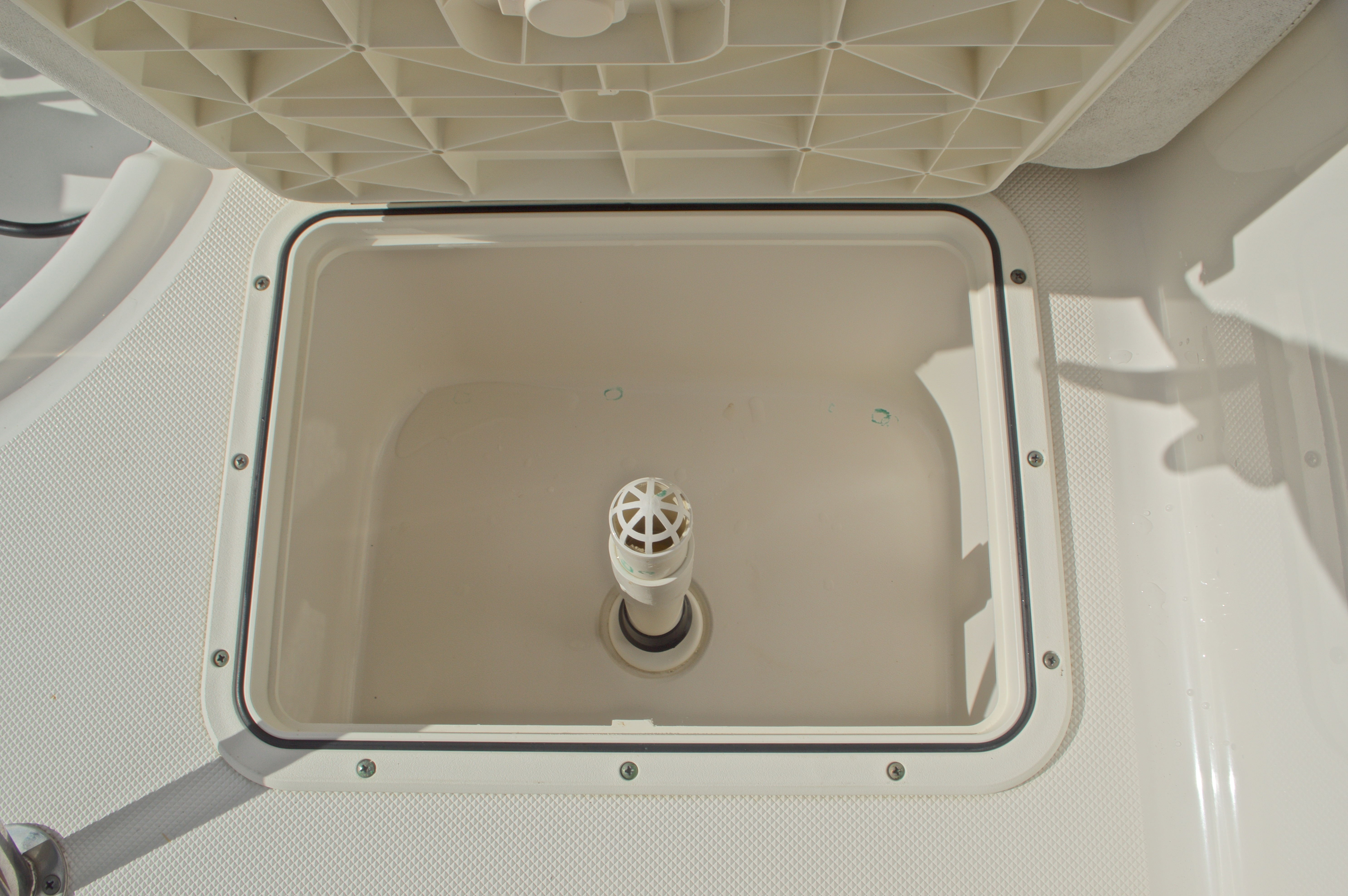 Thumbnail 18 for Used 2007 Century 2001 Center Console boat for sale in West Palm Beach, FL