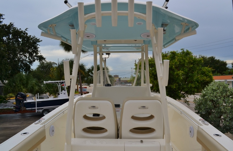 Thumbnail 8 for New 2017 Cobia 296 Center Console boat for sale in Vero Beach, FL