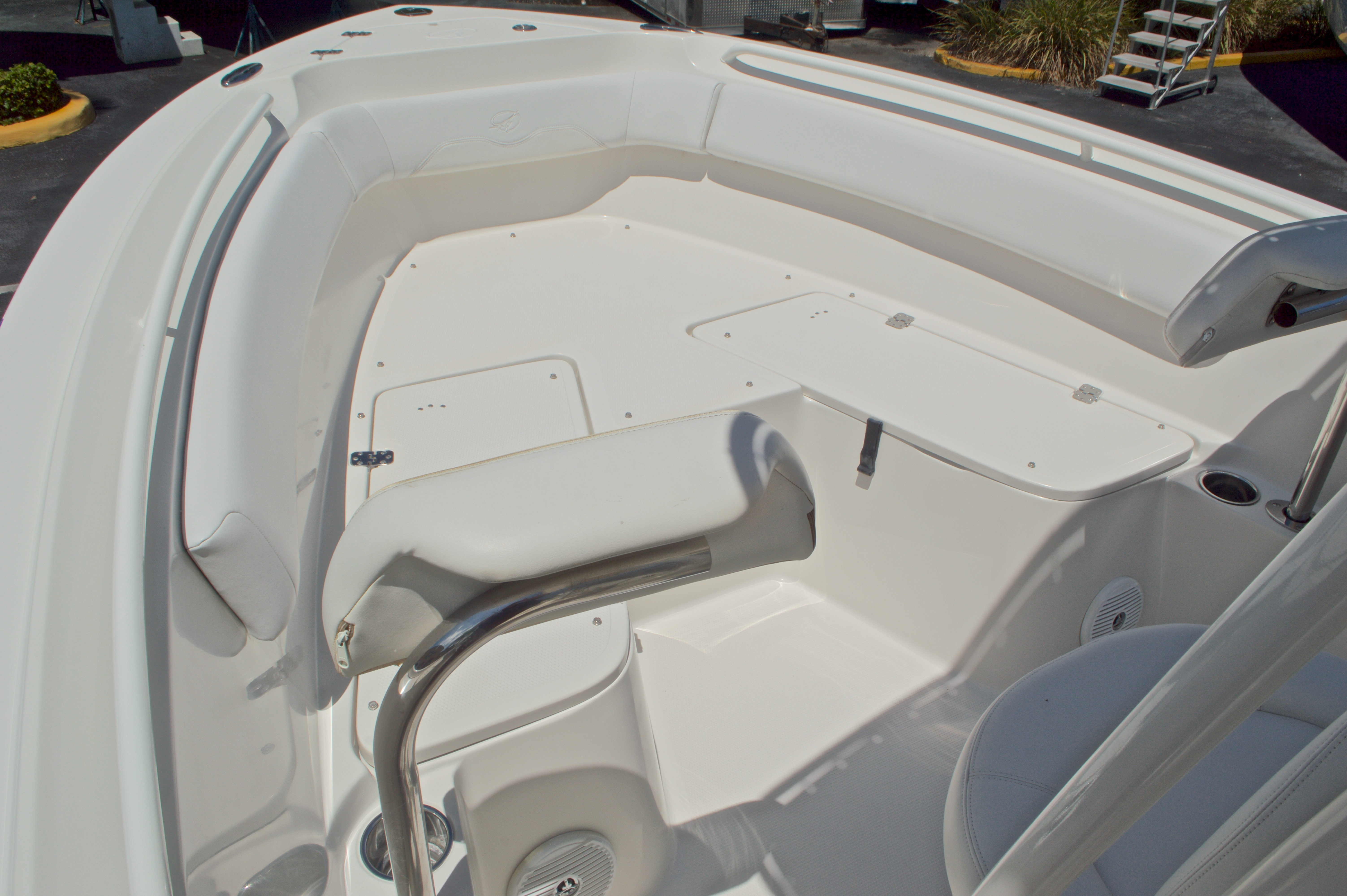 Thumbnail 37 for Used 2015 Sailfish 220 CC Center Console boat for sale in West Palm Beach, FL