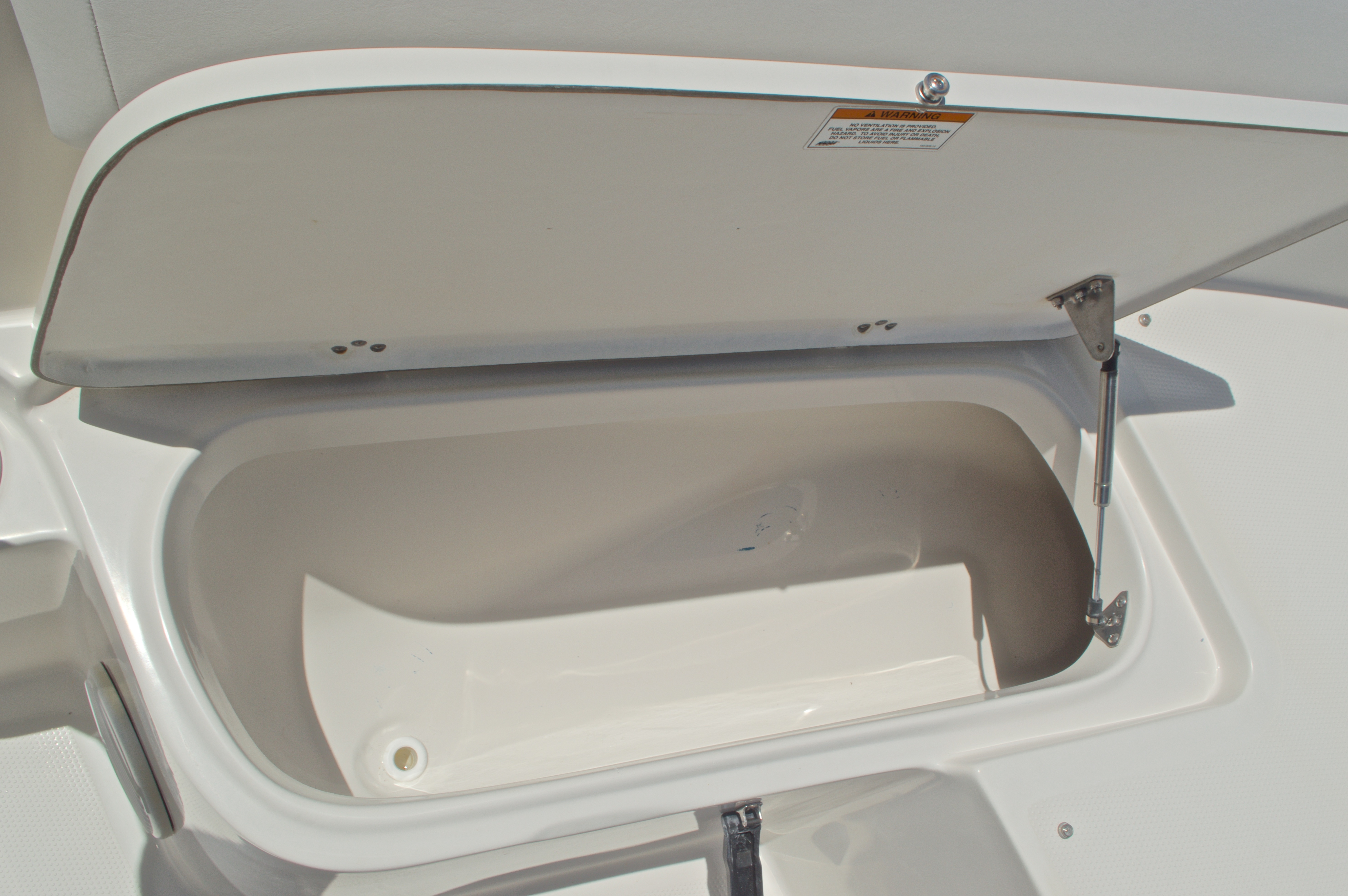Thumbnail 39 for Used 2015 Sailfish 220 CC Center Console boat for sale in West Palm Beach, FL