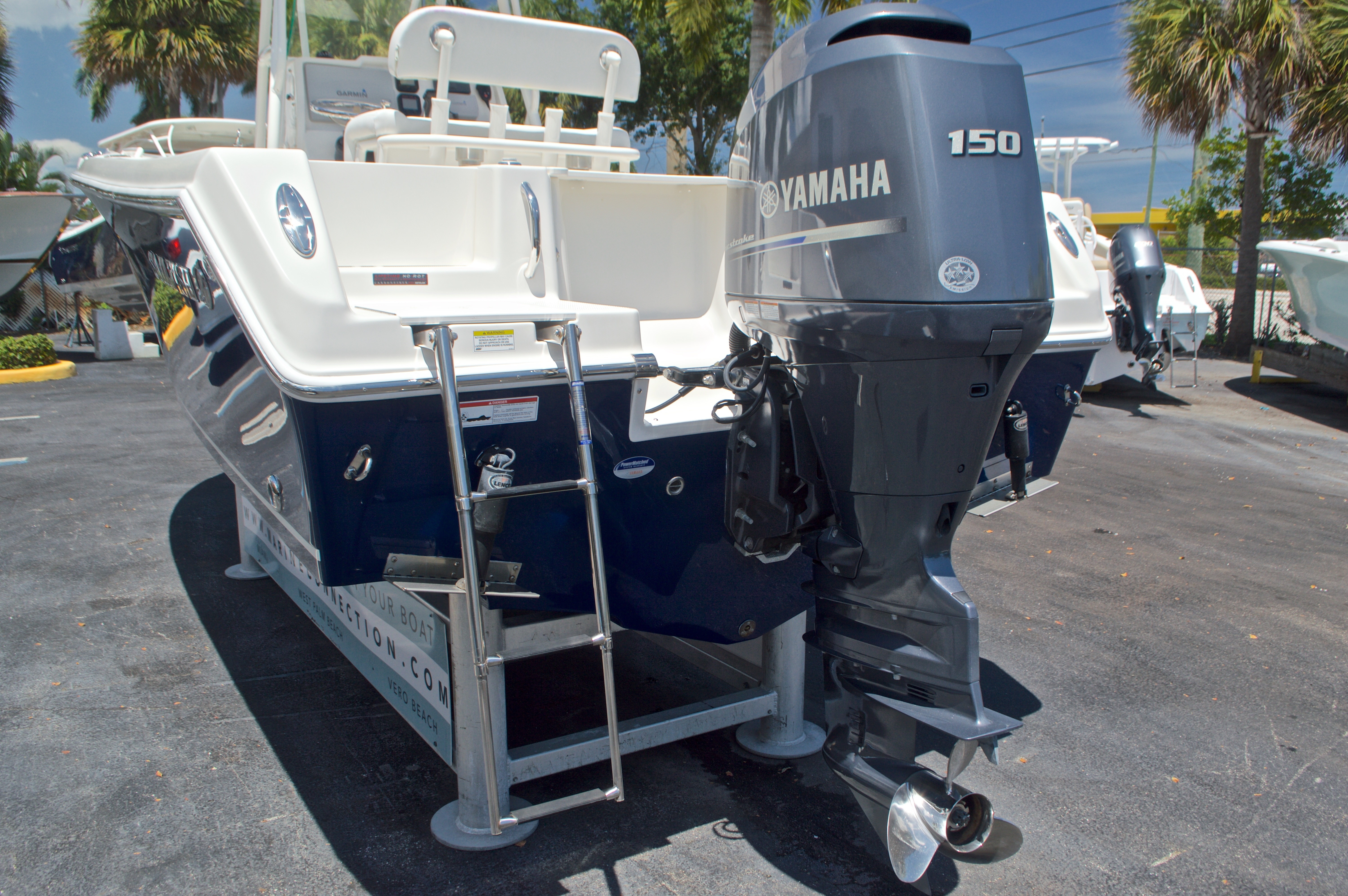 Thumbnail 9 for Used 2015 Sailfish 220 CC Center Console boat for sale in West Palm Beach, FL